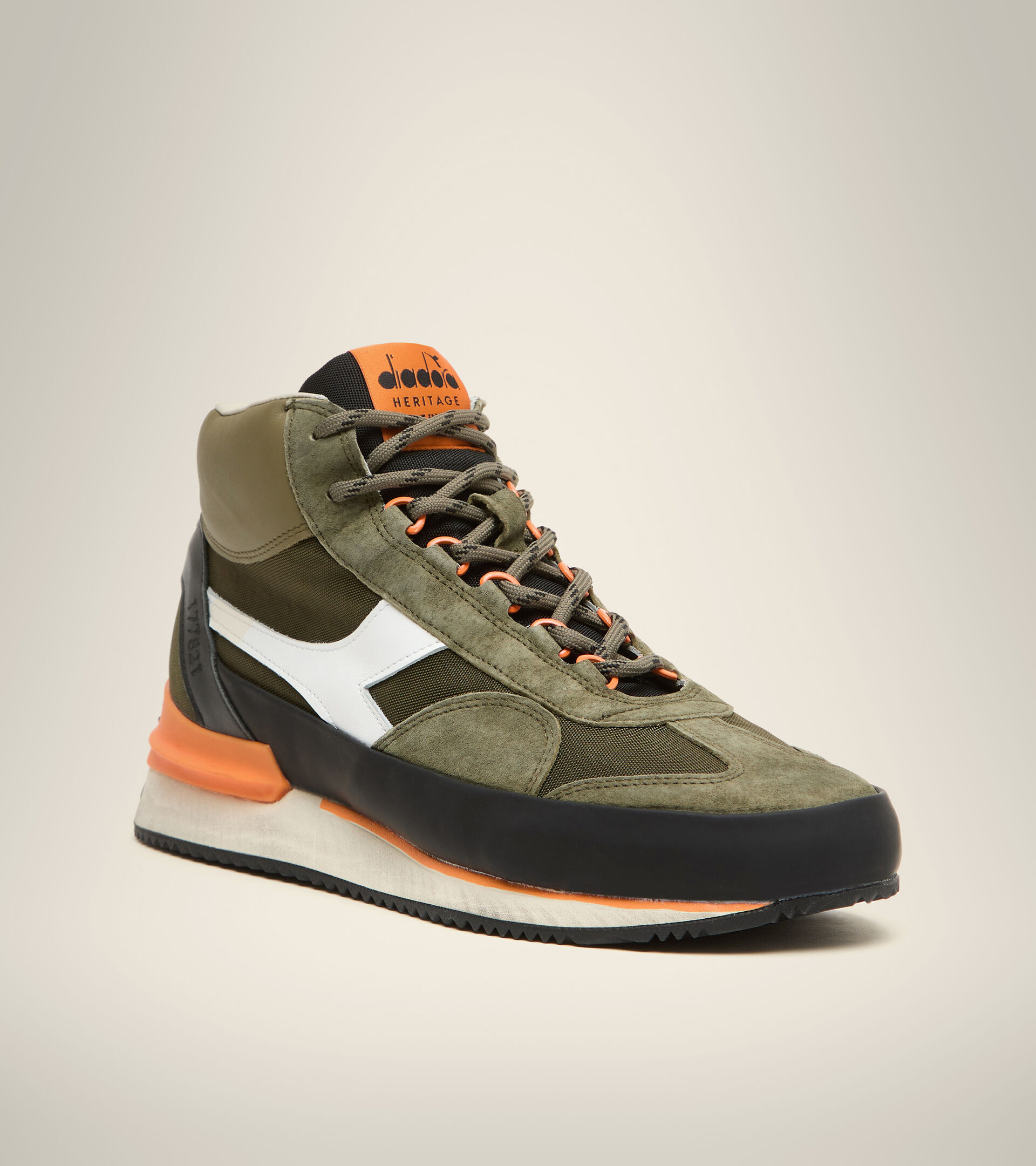 Heritage-Schuh Made in Italy - Herren EQUIPE MID MAD ITALIA NUBUCK SW OLIVIN - Diadora