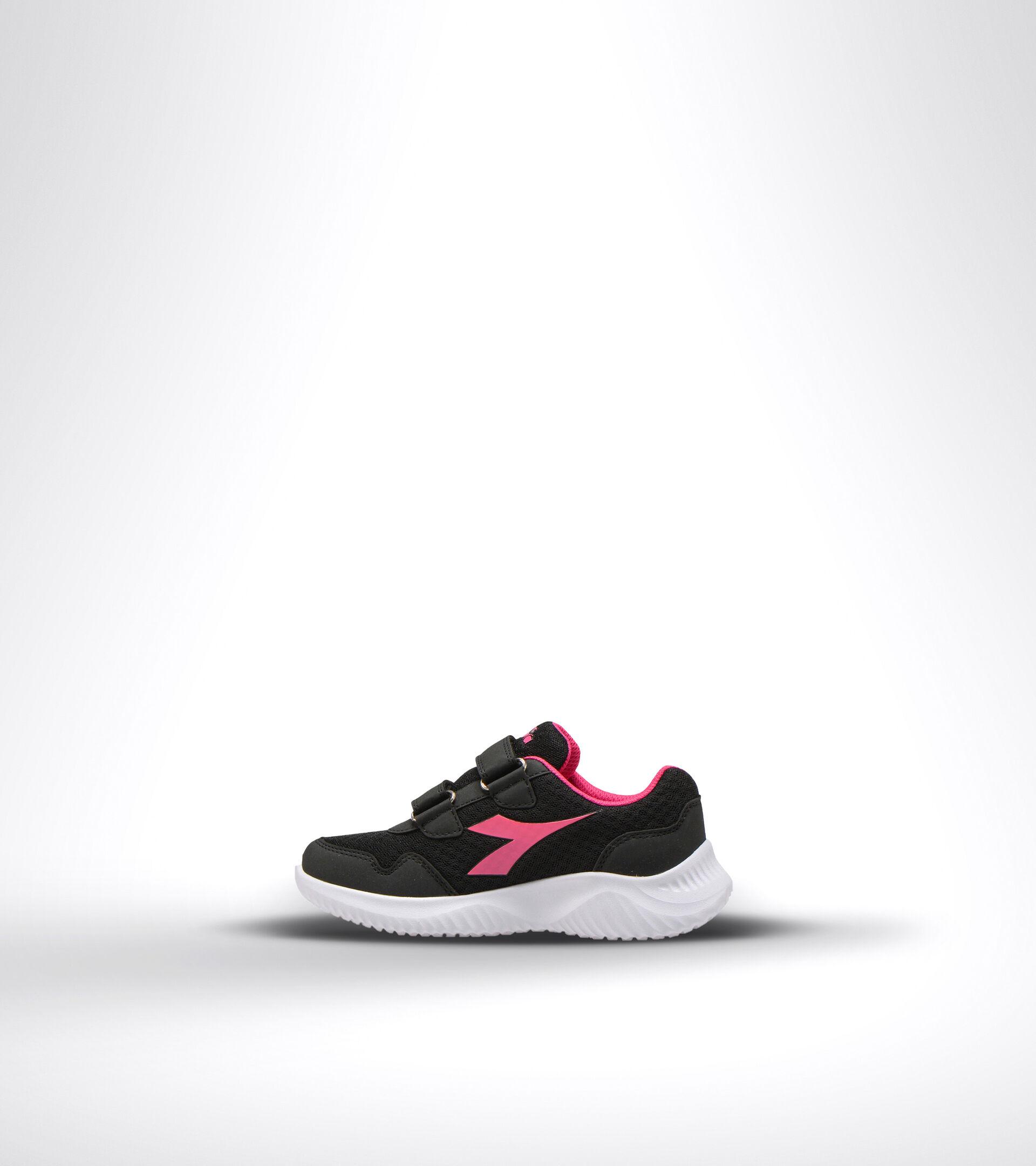 Running shoe - Kids ROBIN 2 JR V BLACK/MAGENTA - Diadora