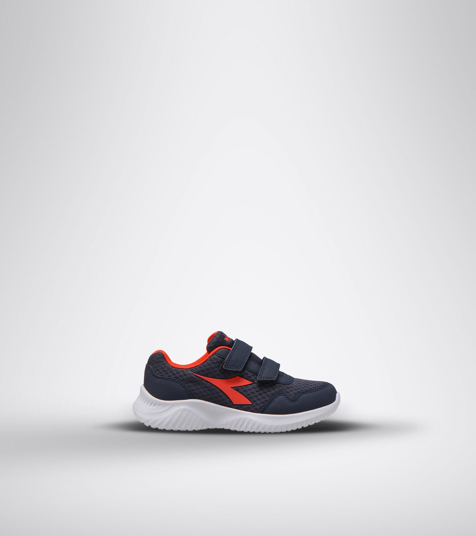 Footwear Sport BAMBINO ROBIN 2 JR V AZUL/ROJO (C7356) Diadora