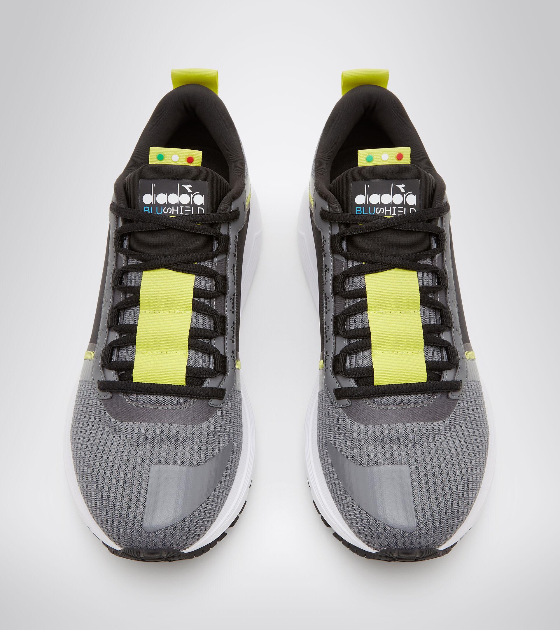 Footwear Sport UOMO MYTHOS BLUSHIELD ELITE TRX 2 STEEL GRAY/BLACK Diadora