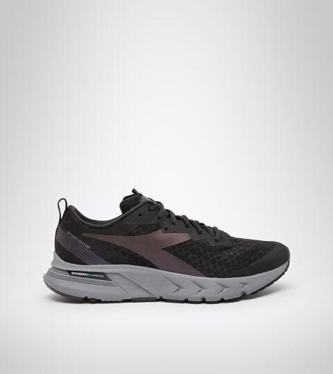Running shoe - Men's MYTHOS BLUSHIELD VOLO HIP BLACK/STEEL GRAY - Diadora
