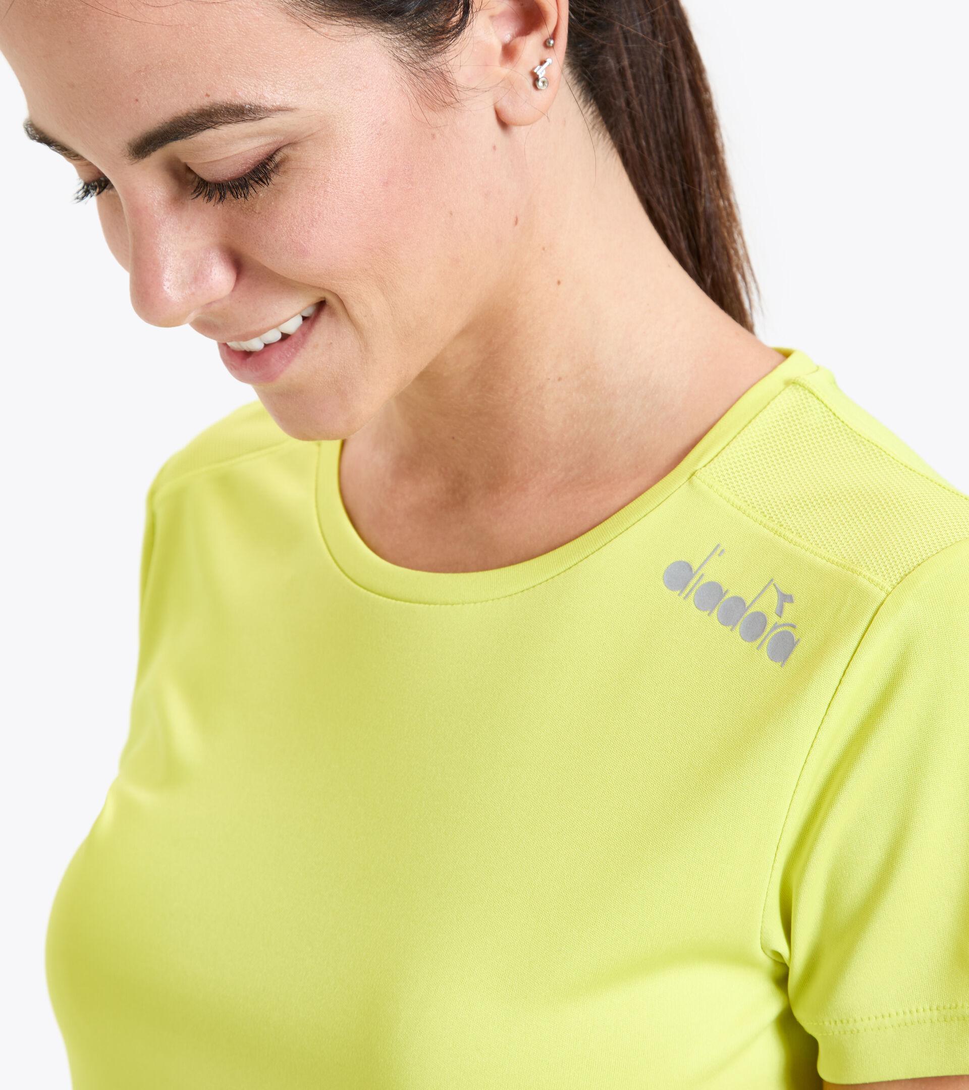 Running T-shirt - Women L. SS CORE TEE GREEN SPRING - Diadora