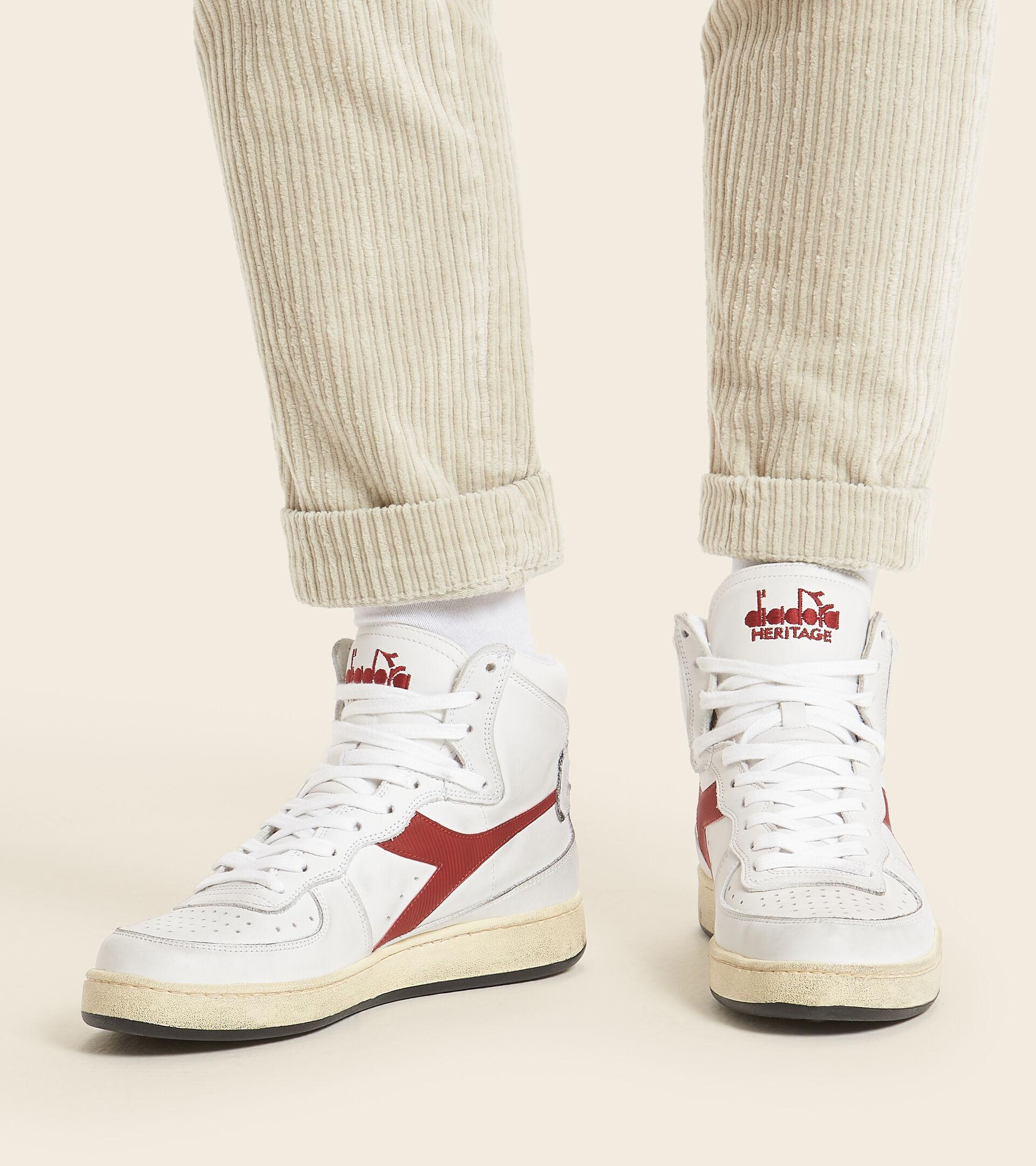 Footwear Heritage UNISEX MI BASKET USED WHITE/GARNET Diadora