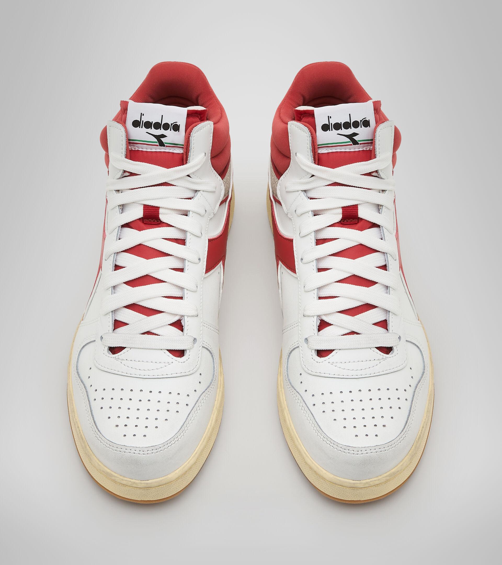 Zapatillas deportivas - Unisex MAGIC BASKET DEMI CUT ICONA BIANCO/PEPERONCINO ROSSO - Diadora