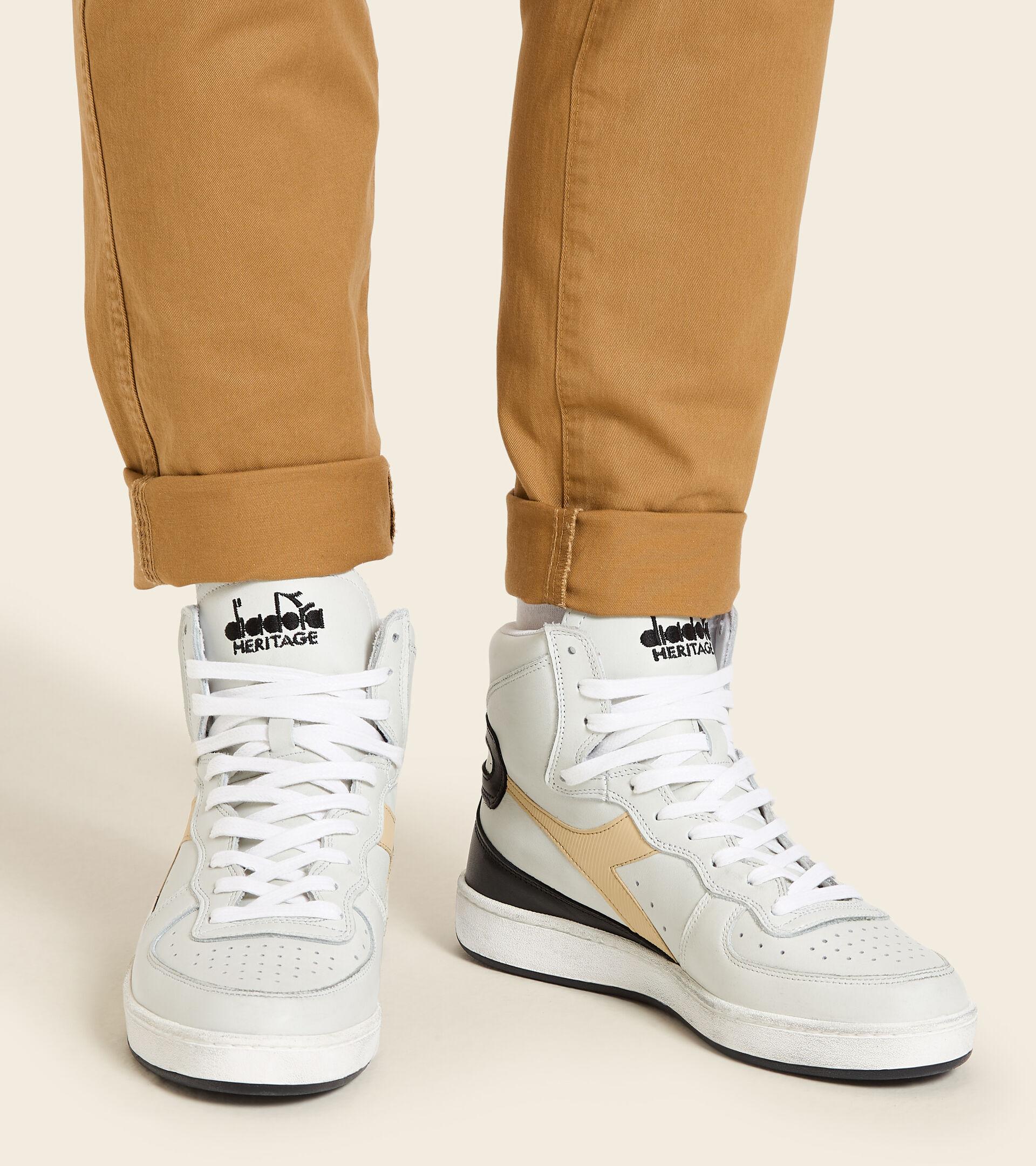 Footwear Heritage UNISEX MI BASKET USED BIANCO/BEIGE TE CHAI Diadora