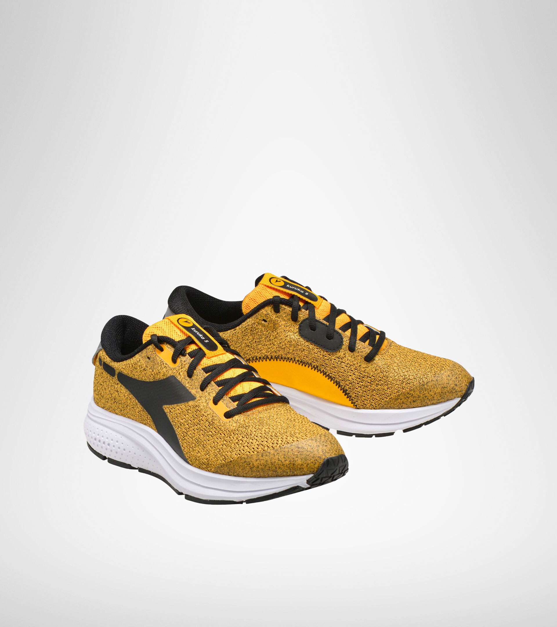 Footwear Sport UOMO KURUKA 5 SAFFRON/BLACK/WHITE Diadora