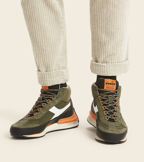 Chaussures Heritage Made in Italy - Homme EQUIPE MID MAD ITALIA NUBUCK SW OLIVINE - Diadora