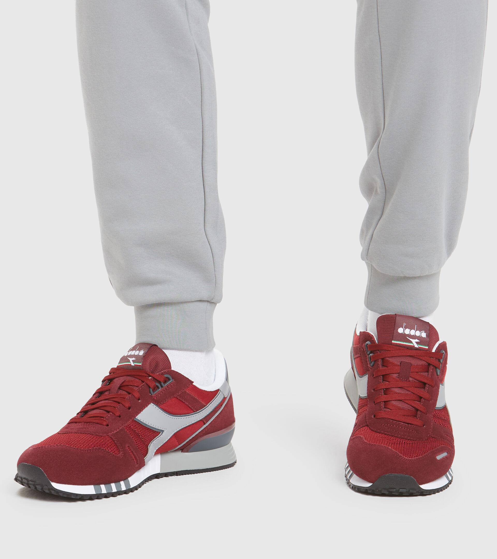 Footwear Sportswear UOMO TITAN VIOLET PRUNE (55017) Diadora