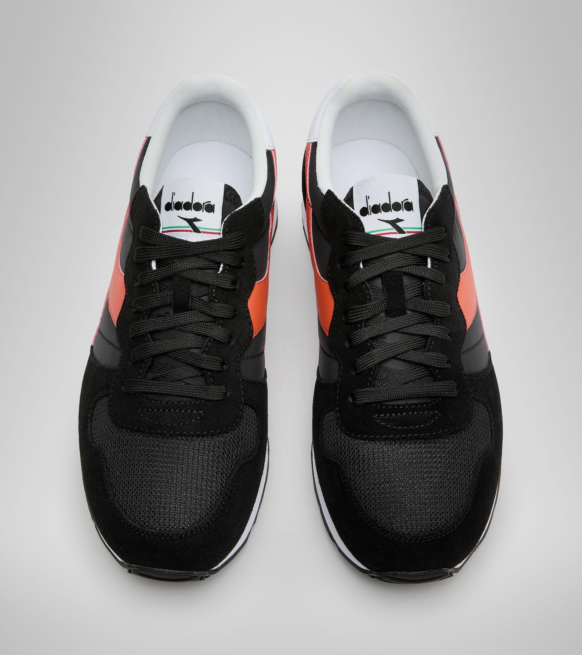Footwear Sportswear UNISEX CAMARO NEGRO/ROJO LIRIO ATIGRADO Diadora
