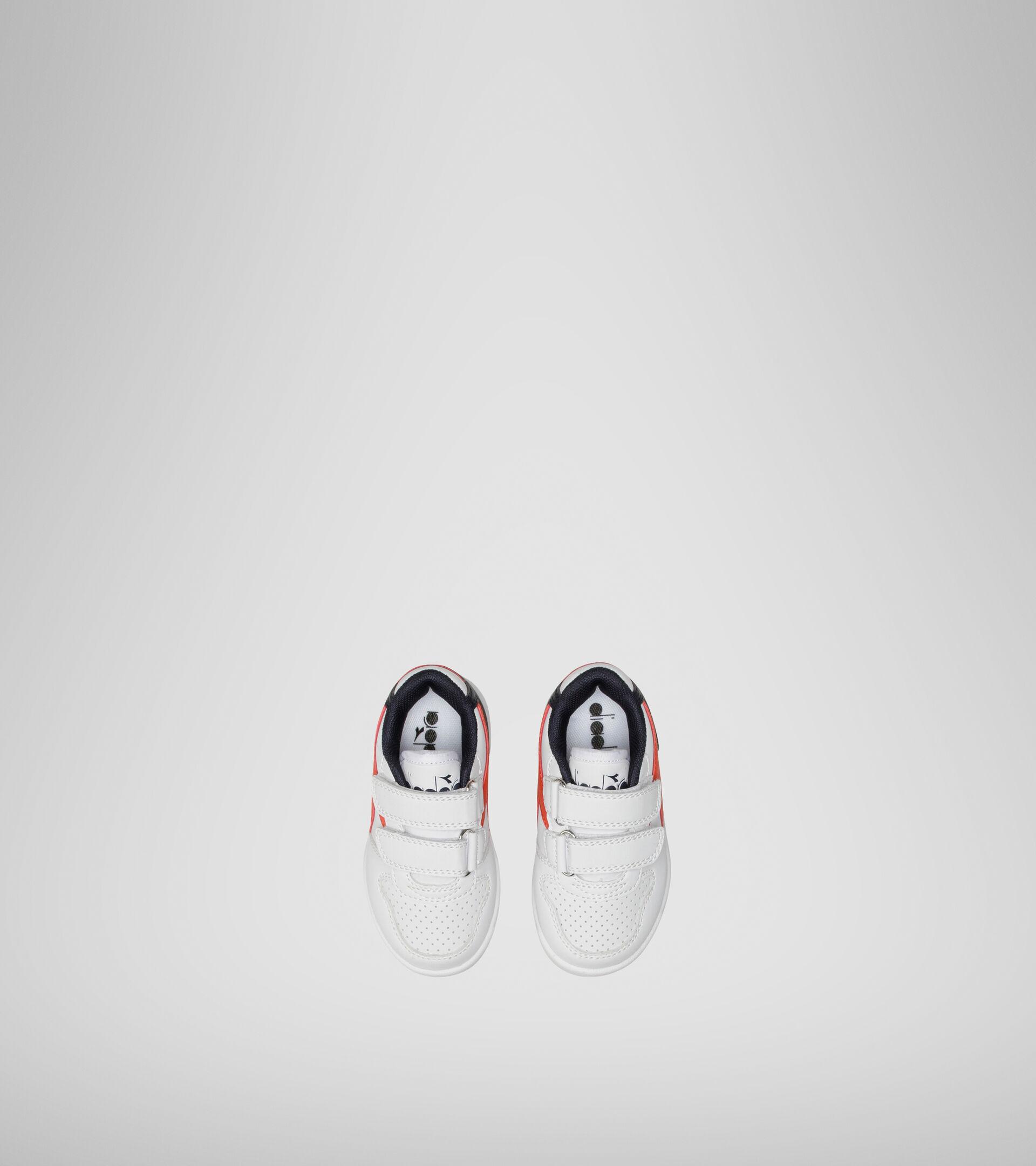 Footwear Sport BAMBINO PLAYGROUND TD WHITE/FIESTA/BLACK IRIS Diadora
