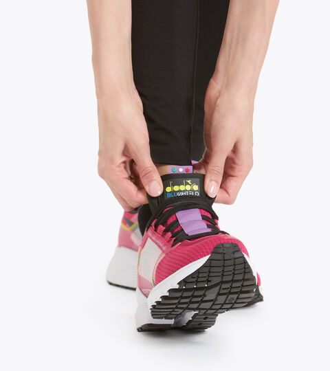 Footwear Sport DONNA MYTHOS BLUSHIELD ELITE TRX 2 W ROSADO LLAMATIVO/NGR/CAMPANILL Diadora