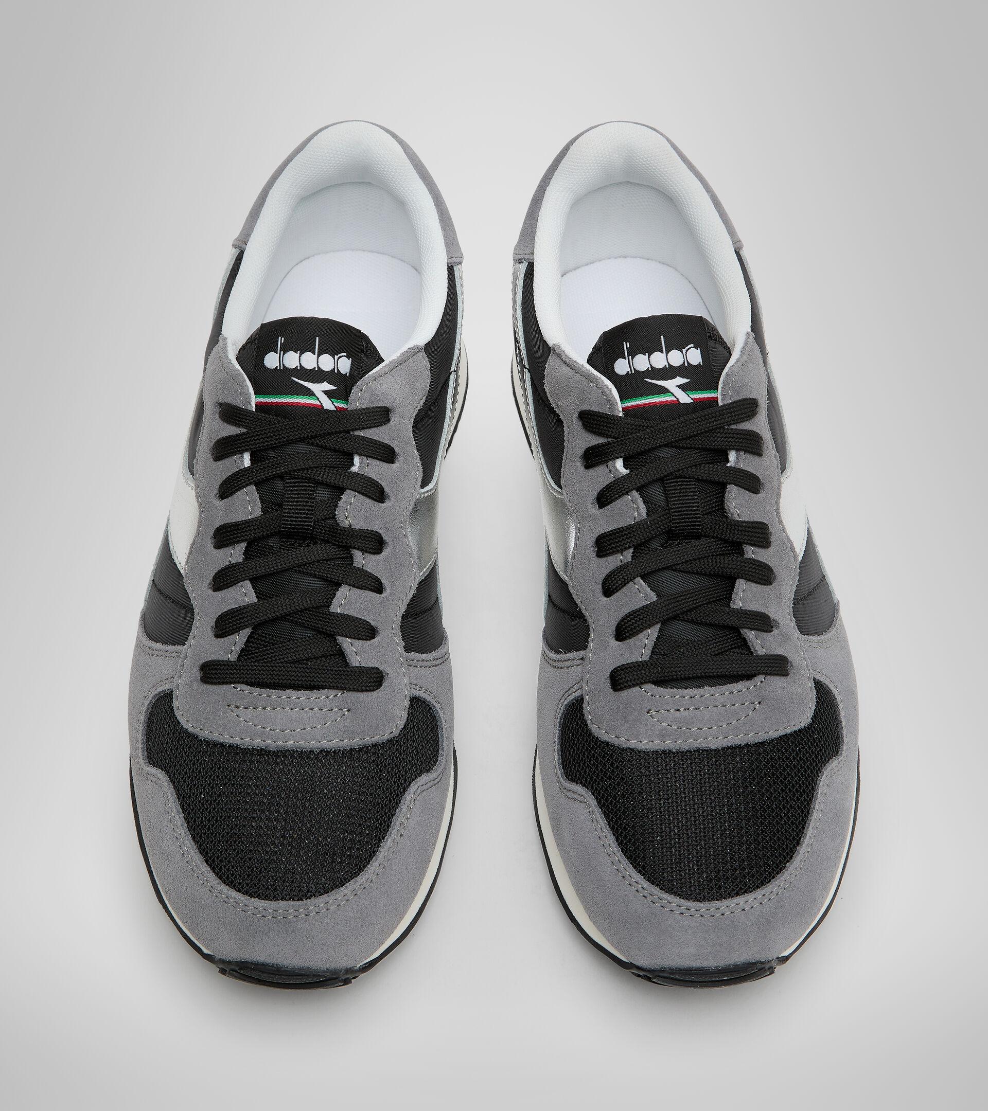 Footwear Sportswear UNISEX CAMARO METAL NEGRO Diadora