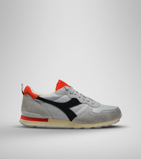 Footwear Sportswear UNISEX CAMARO ICONA EDIFICIOS ALTOS/NGR/RJO INTENS Diadora