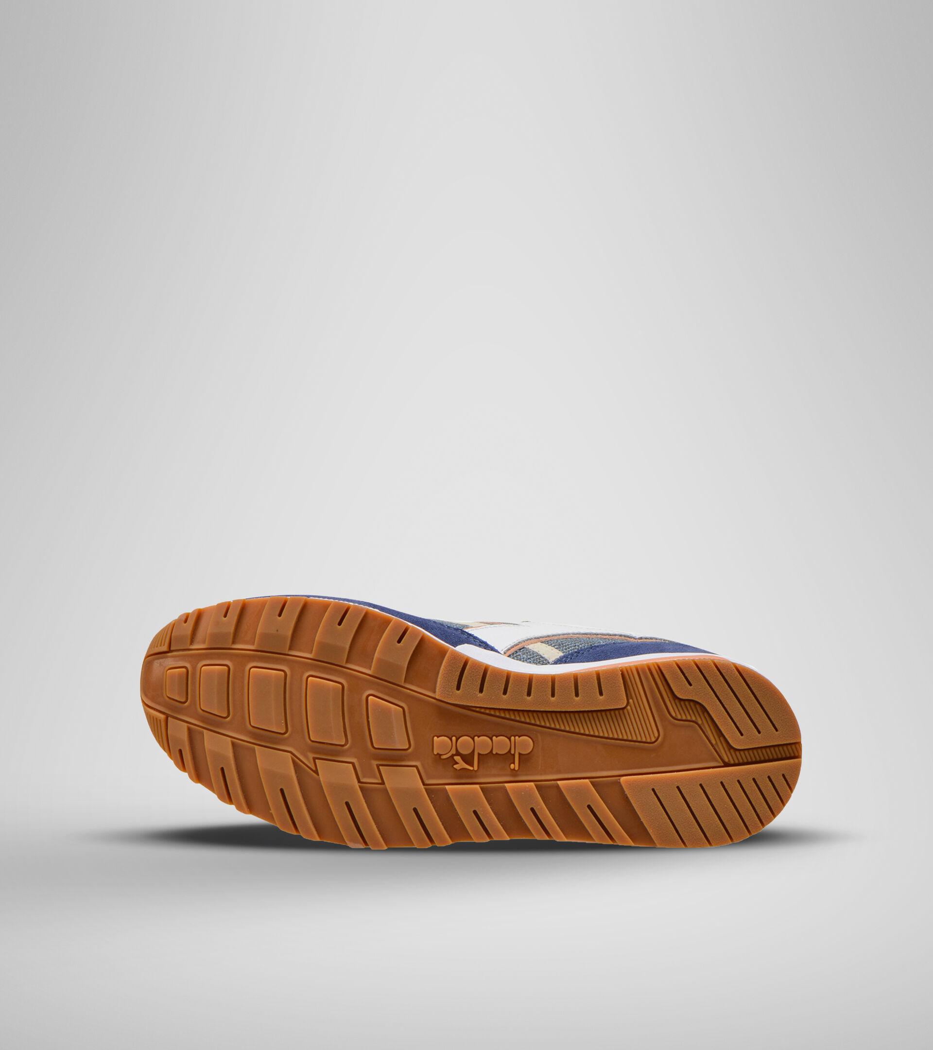 Footwear Sportswear UNISEX N902 SUMMER BLUE LEAD Diadora