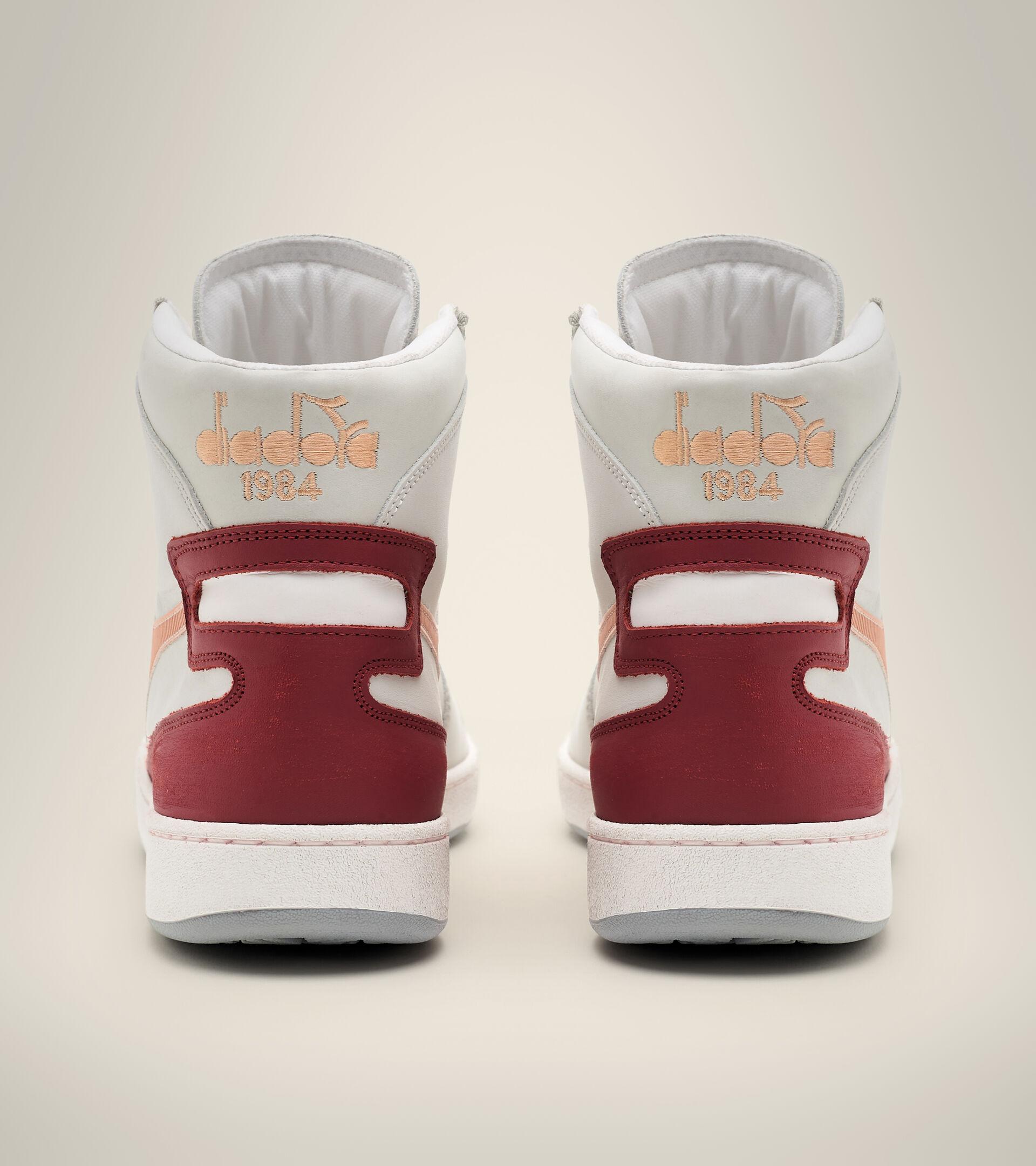 Heritage-Sneaker - Unisex  MI BASKET USED WEISS/PFIRSICH NOUGAT - Diadora
