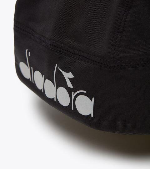 Accessories Sport UNISEX WINTER CAP LOGO REFLECTIVE NEGRO PIRATA Diadora