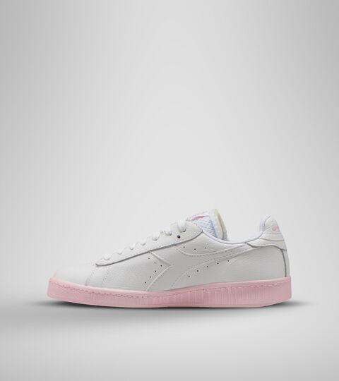 Sports shoe -Women GAME L LOW SOLE BLOCK WN SUPER WHITE/PARFAIT PINK - Diadora