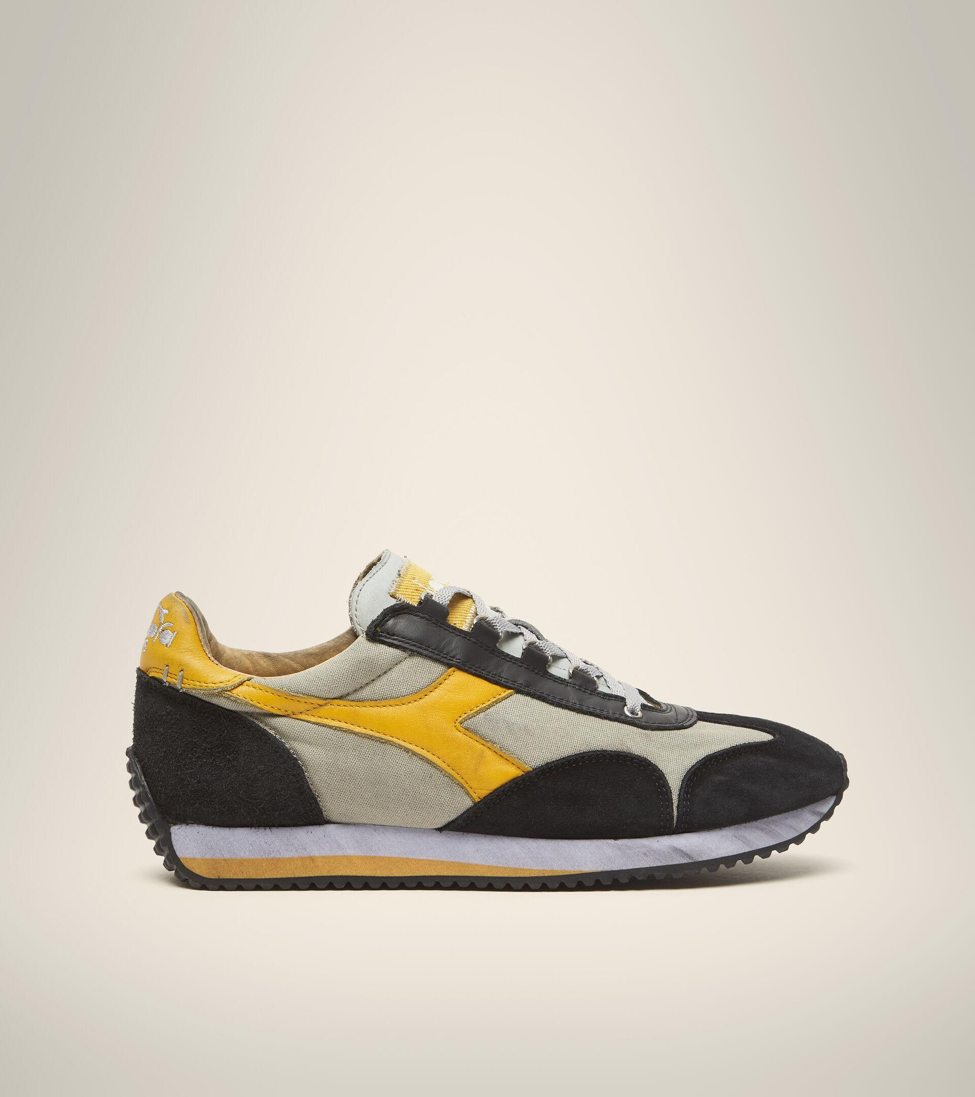 Footwear Heritage UNISEX EQUIPE H DIRTY STONE WASH EVO GRIS SAUCE BLANCO Diadora