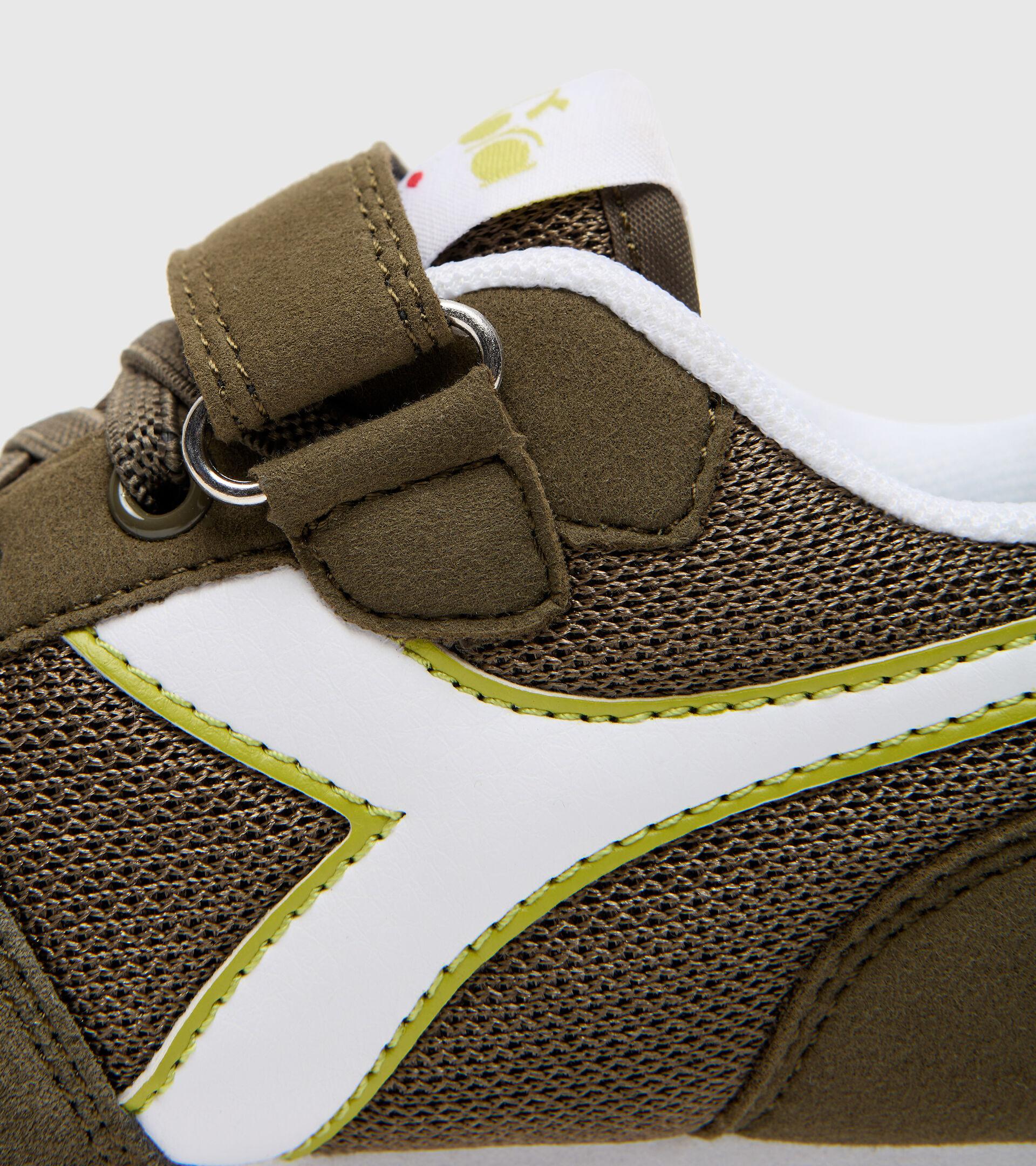 Footwear Sport BAMBINO SIMPLE RUN PS VERDE OLIVA. Diadora