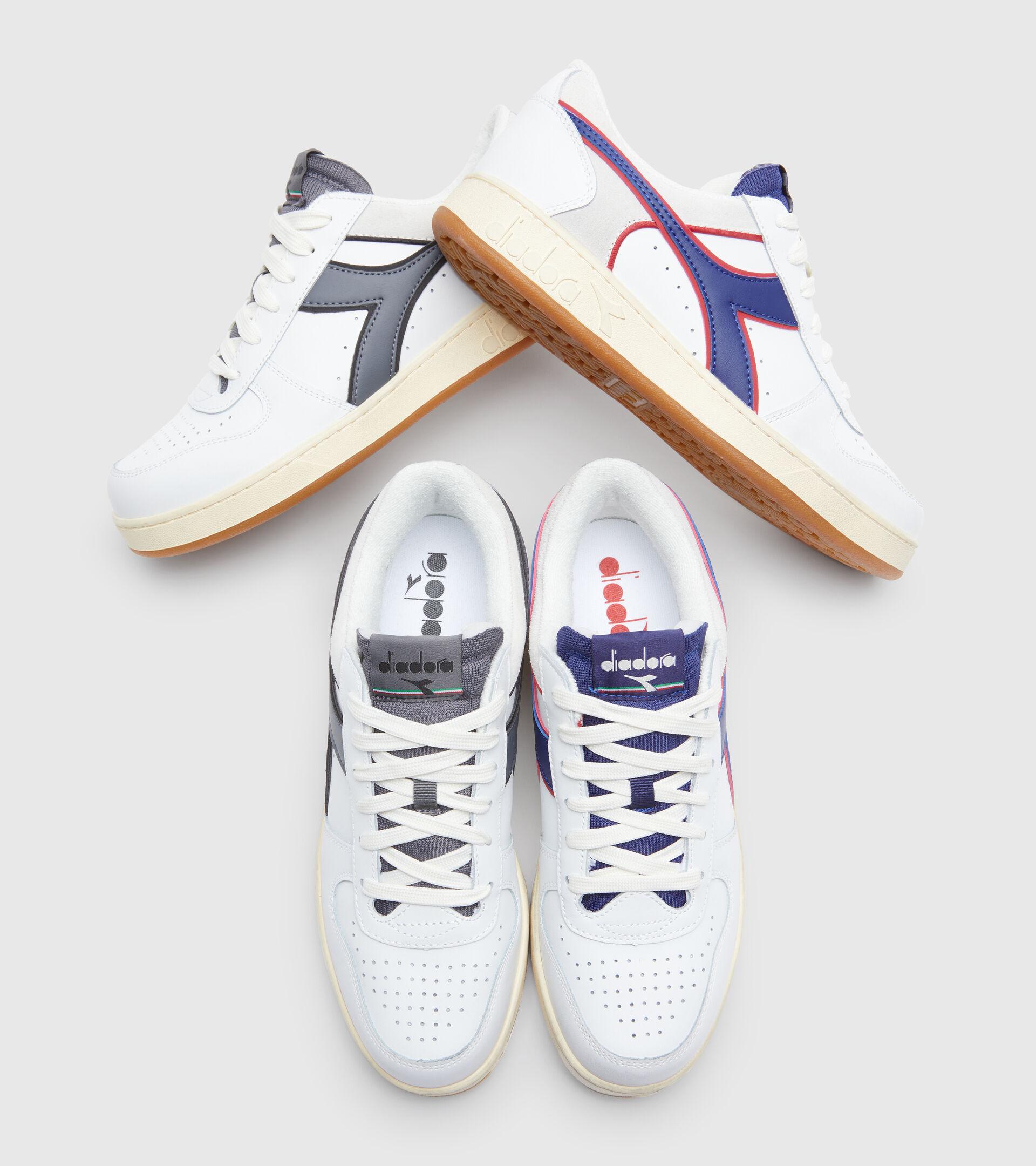 Zapatillas deportivas - Unisex MAGIC BASKET LOW ICONA BIANCO/GRIGIO ACCIAIO - Diadora