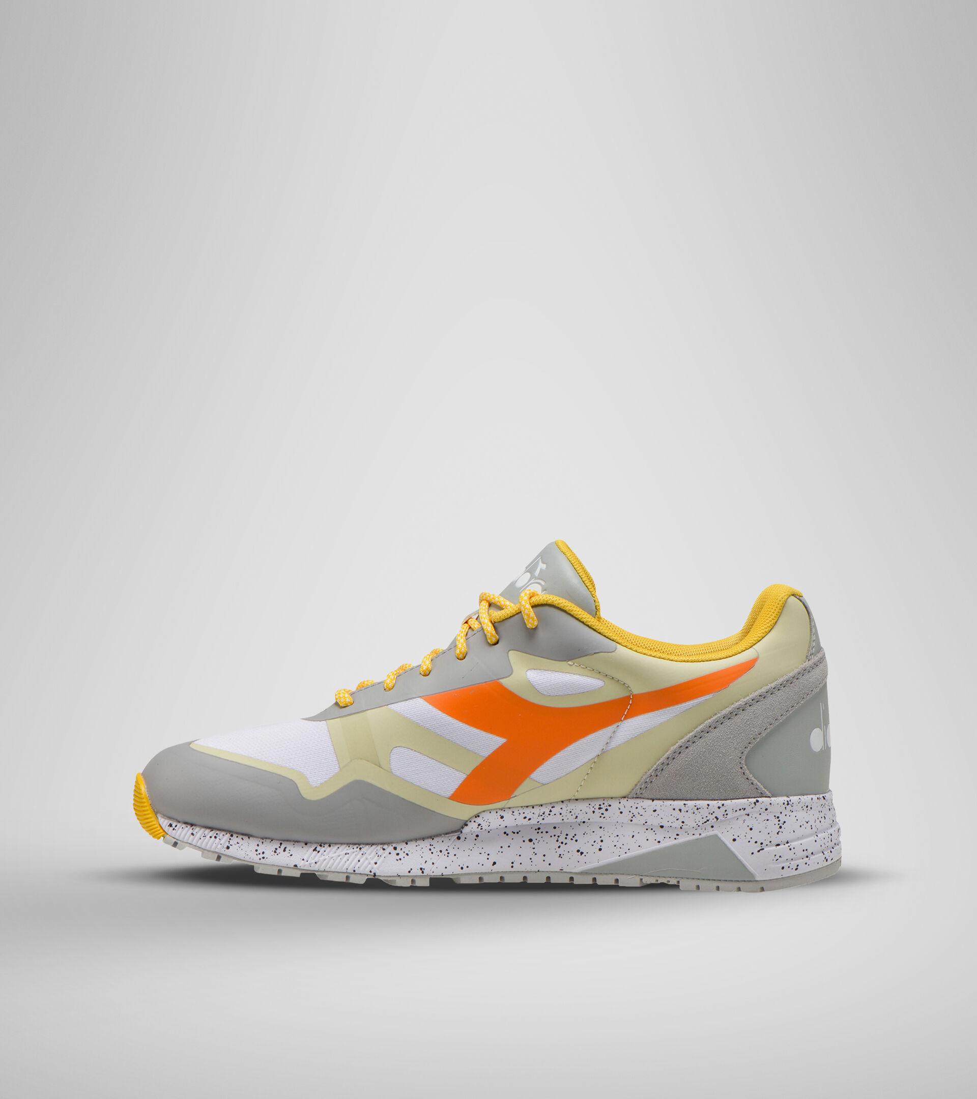 Zapatillas deportivas - Unisex N902 OUTDOOR AGUAN.GRIS/BL.OSTRA/NARANJ BER - Diadora