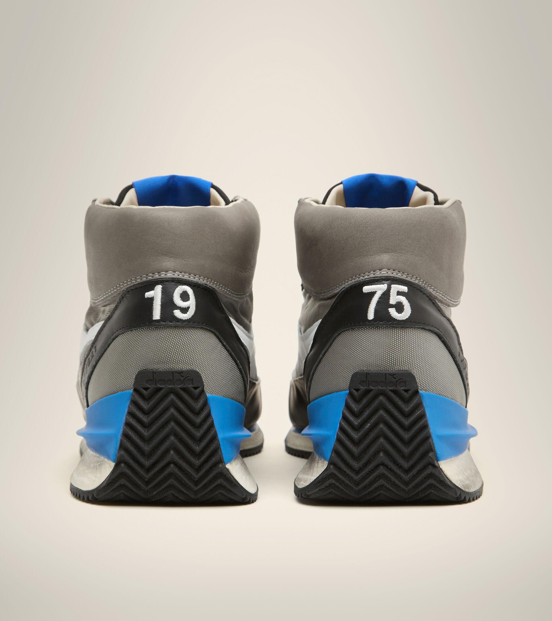 Footwear Heritage UNISEX EQUIPE MID MAD ITALIA NUBUCK SW NEUTRO GRIS Diadora