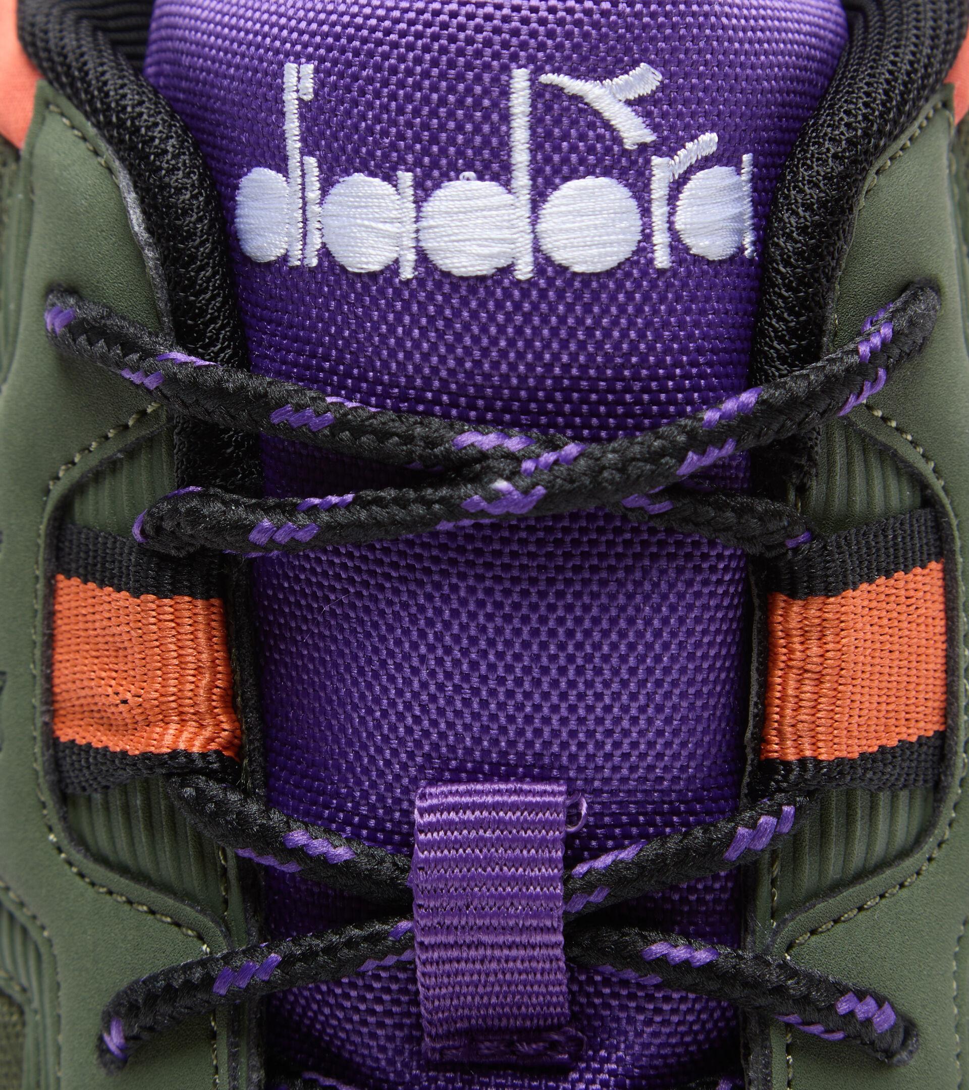 Zapatillas deportivas - Unisex N902 OFF ROAD CIPRES/NEGRO/PASIONARIA - Diadora