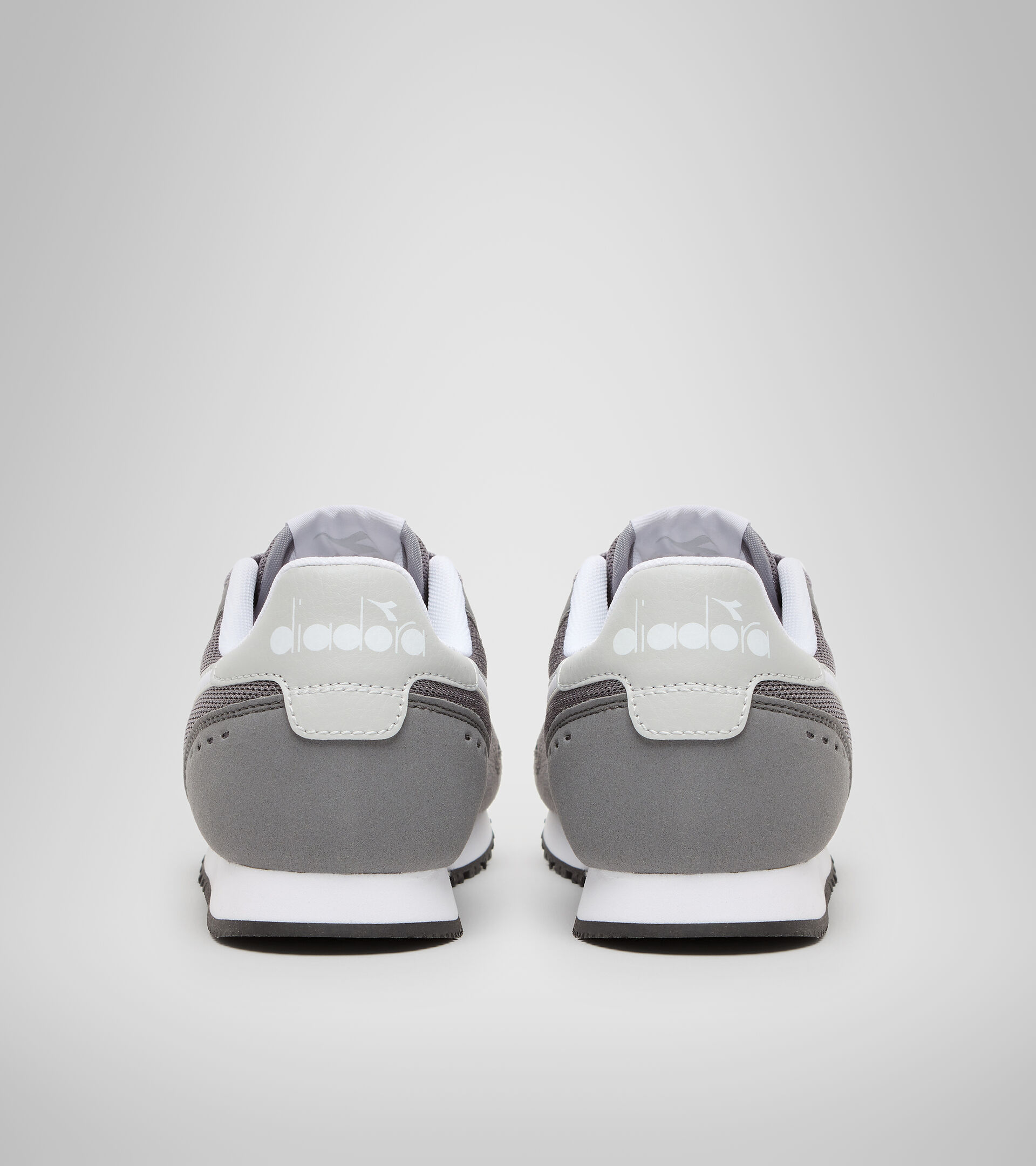 Sports shoes - Youth 8-16 years SIMPLE RUN GS STEEL GRAY - Diadora