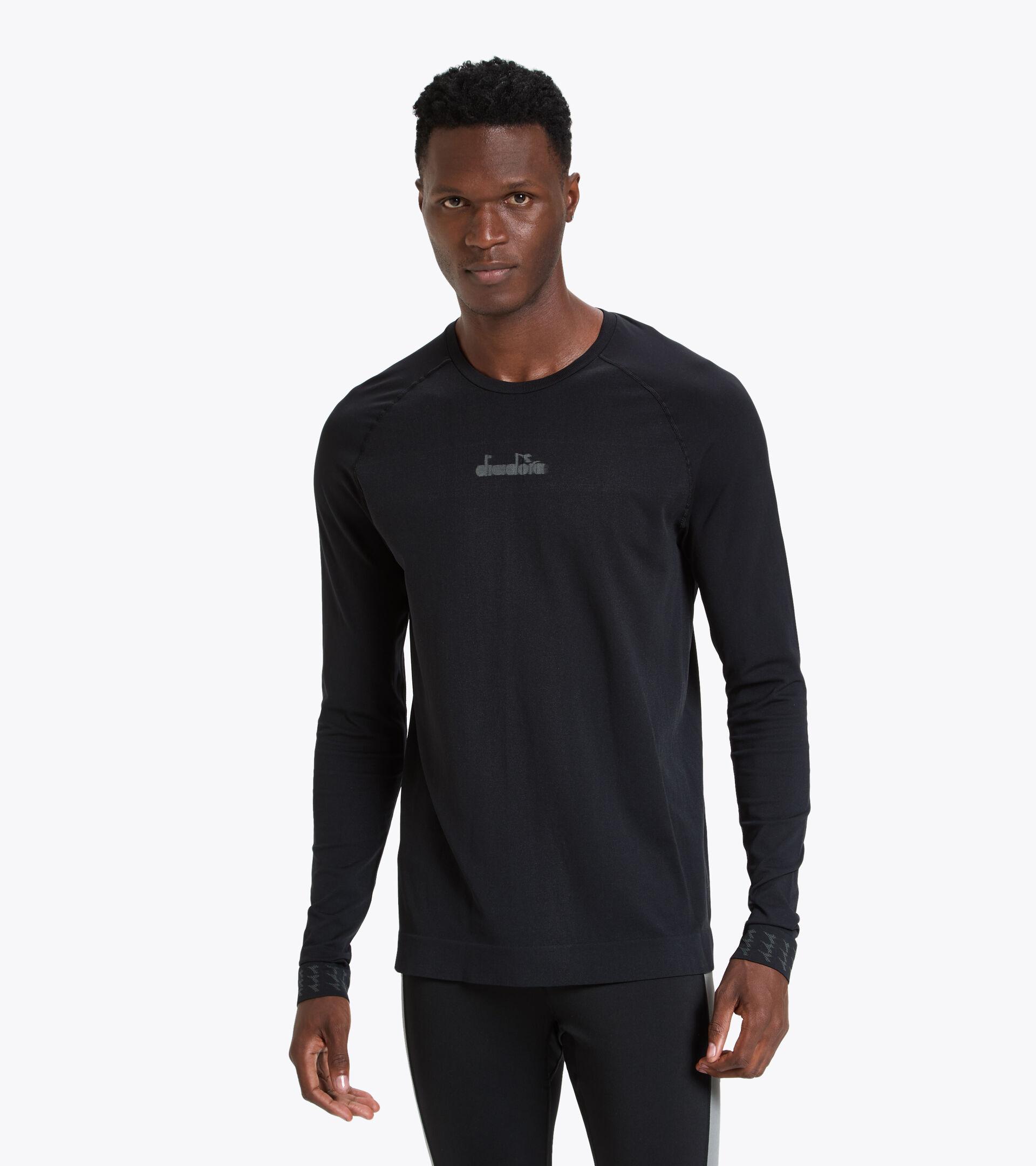 Long-sleeved training T-shirt - Men LS SKIN FRIENDLY T-SHIRT BLACK - Diadora