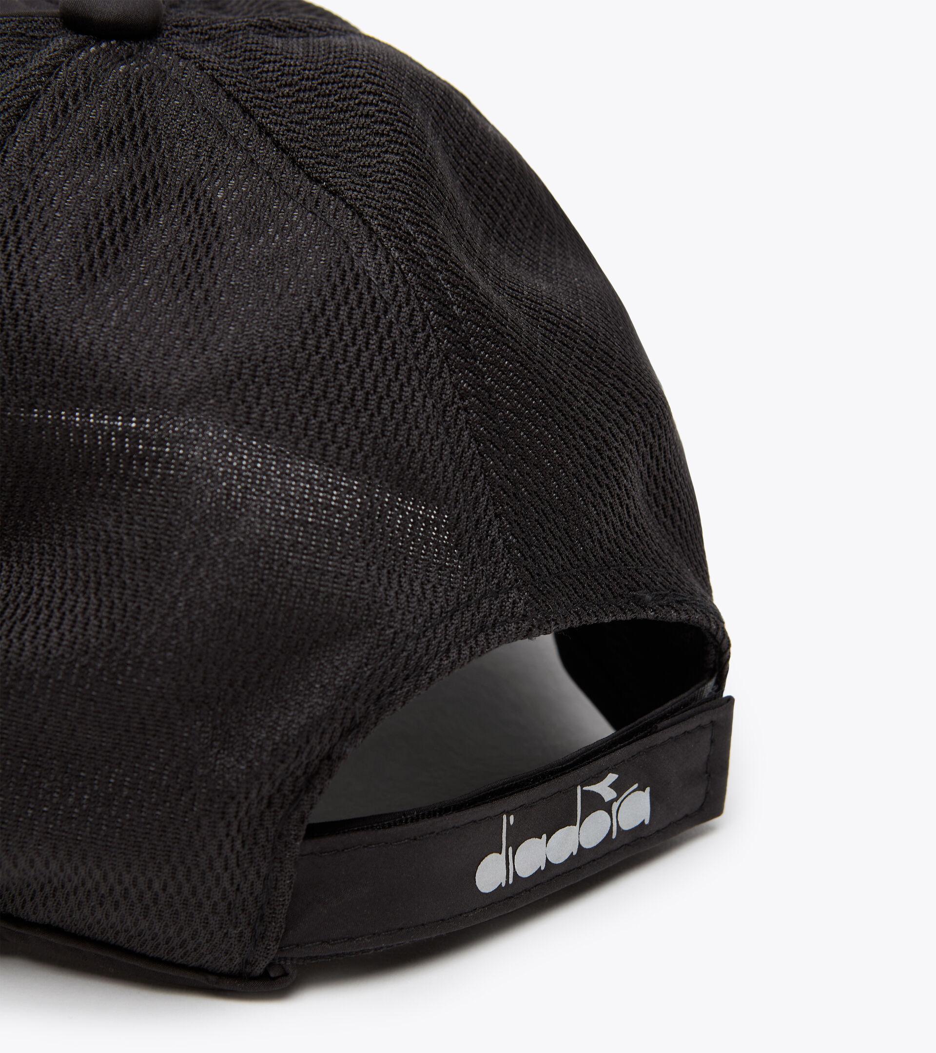 Accessories Sport UNISEX RUNNING CAP NERO PIRATA 1 Diadora