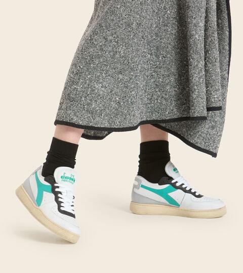 Heritage shoe - Unisex MI BASKET ROW CUT WHITE/HIGH RISE/PEACOCK GREEN - Diadora