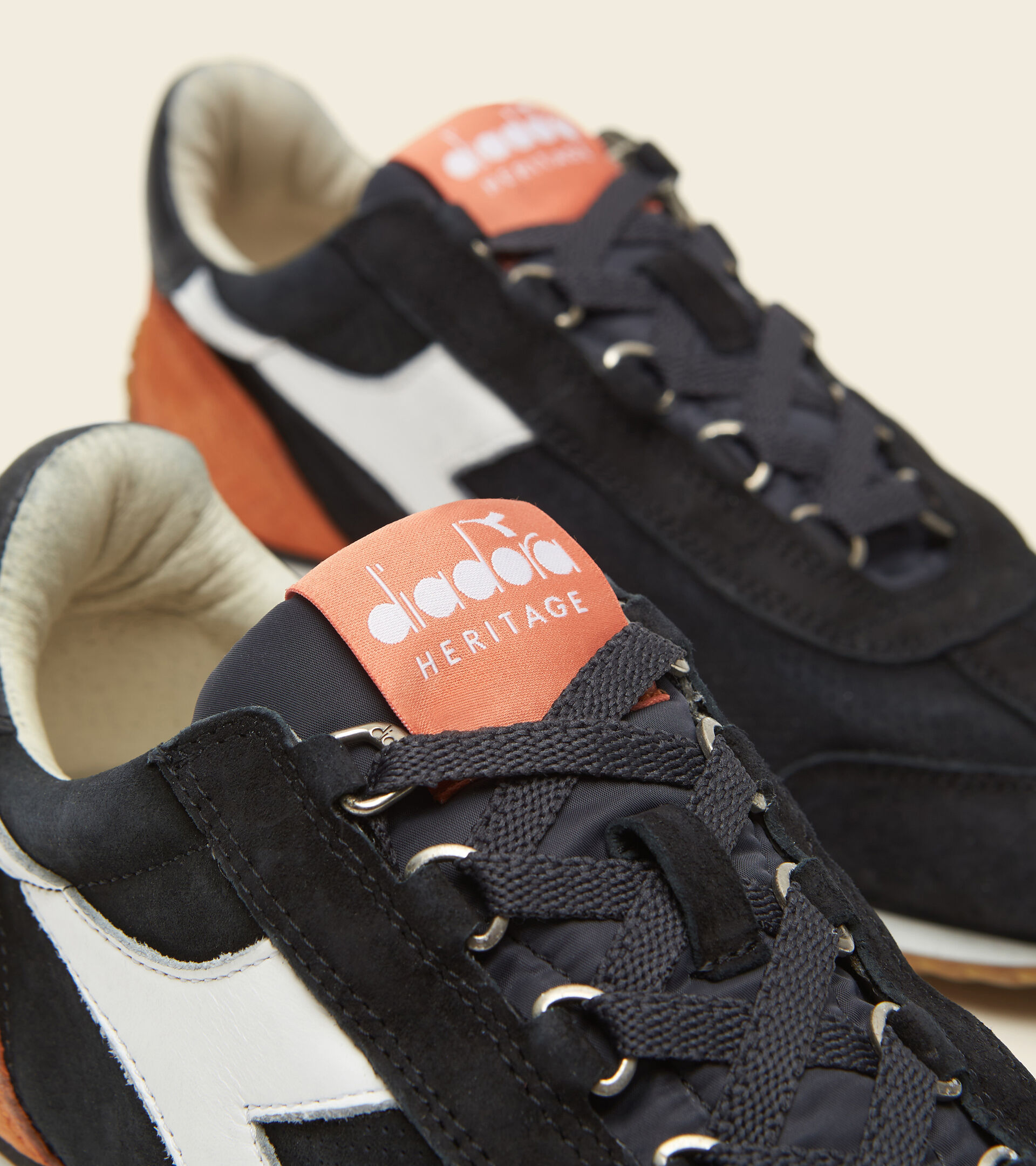 Heritage-Sneaker - Unisex  EQUIPE SUEDE SW PHANTOM - Diadora