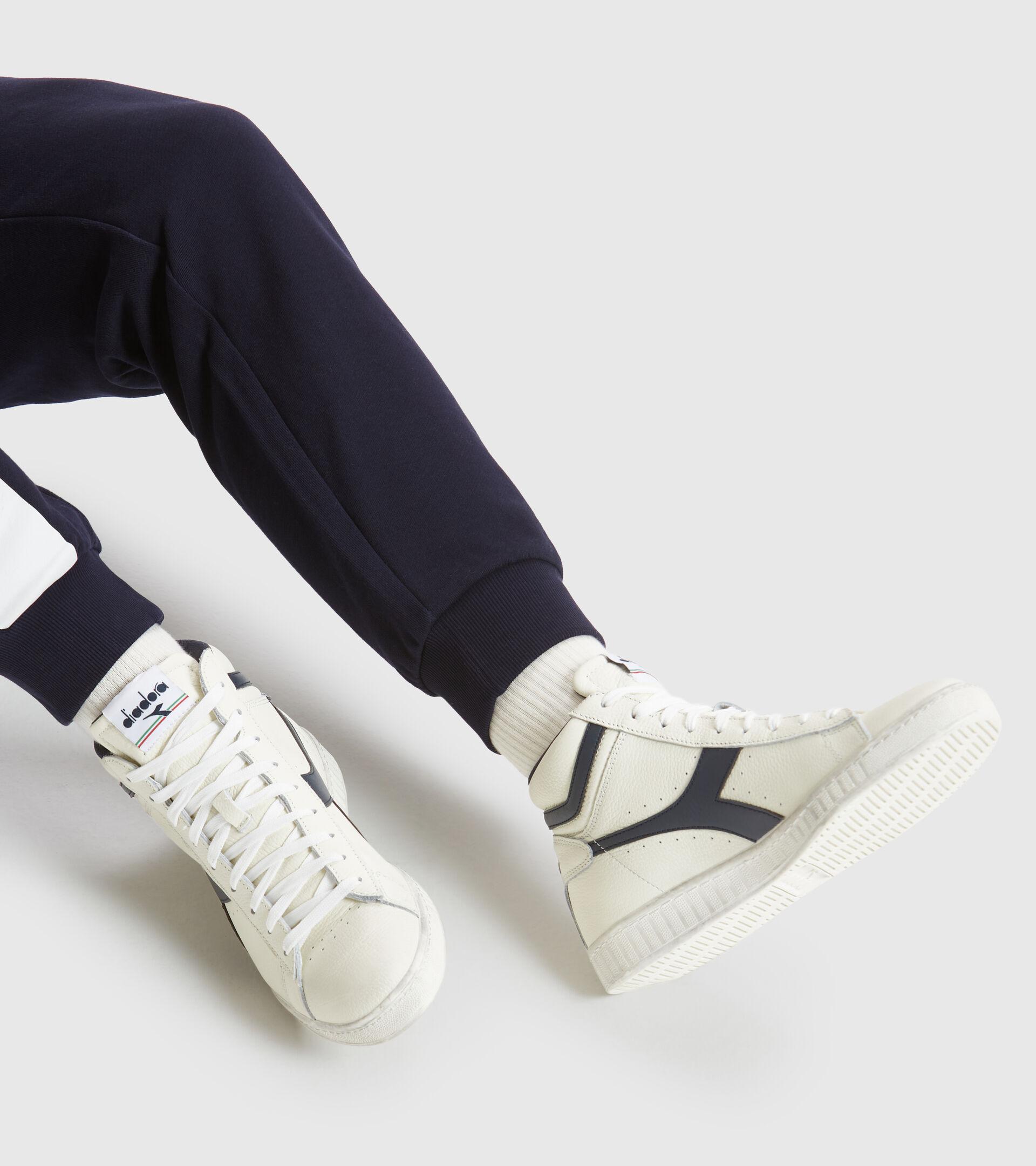 Zapatilla deportiva - Unisex GAME L HIGH WAXED BLANCO/UNIFORME AZUL - Diadora