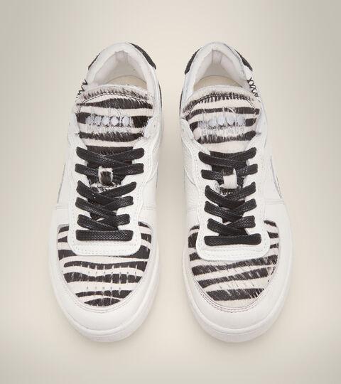 Footwear Heritage DONNA MI BASKET ROW CUT ZEBRA WN WHITE/BLACK Diadora