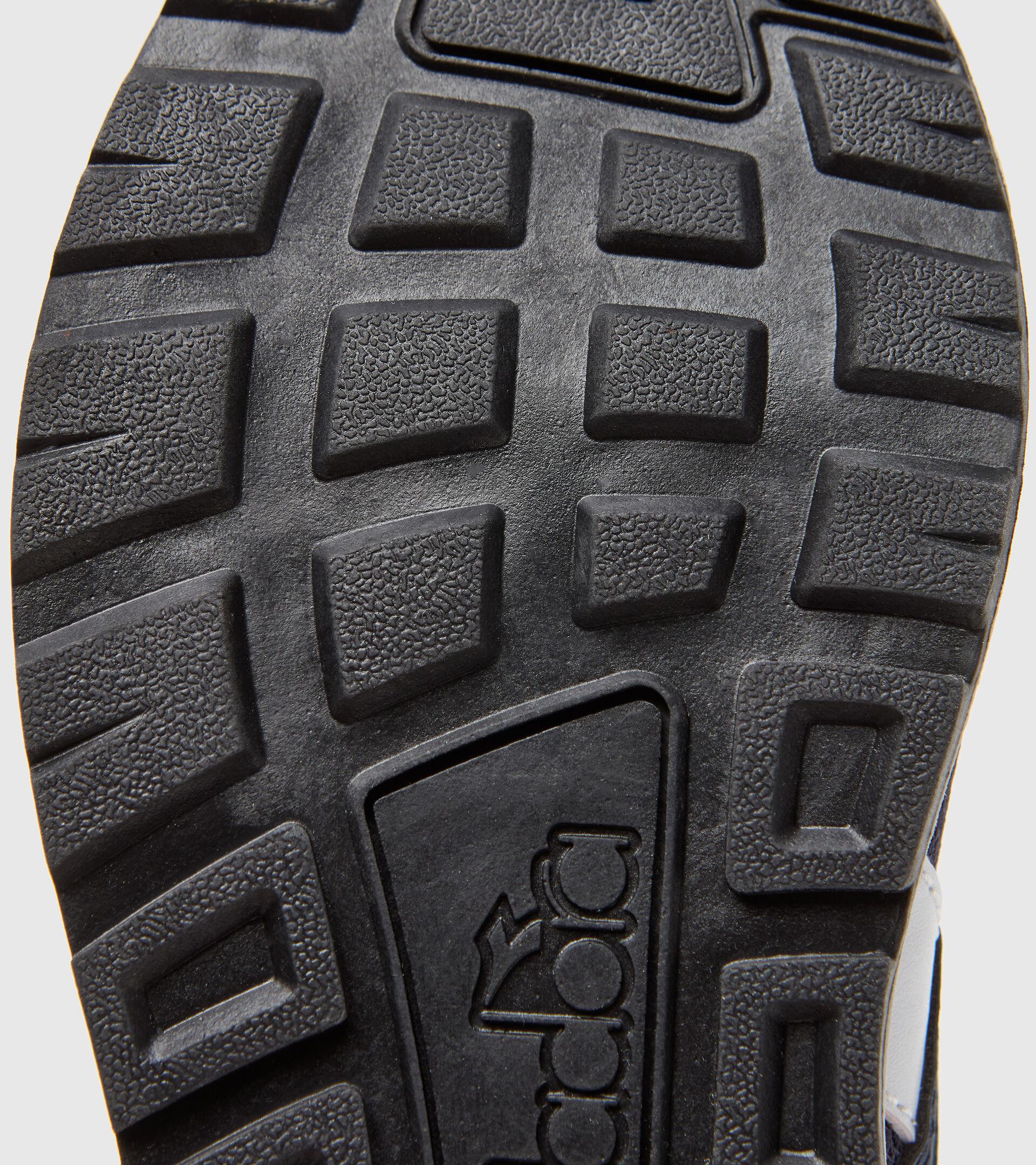 Footwear Sport BAMBINO N.92 GS NEGRO IRIS Diadora