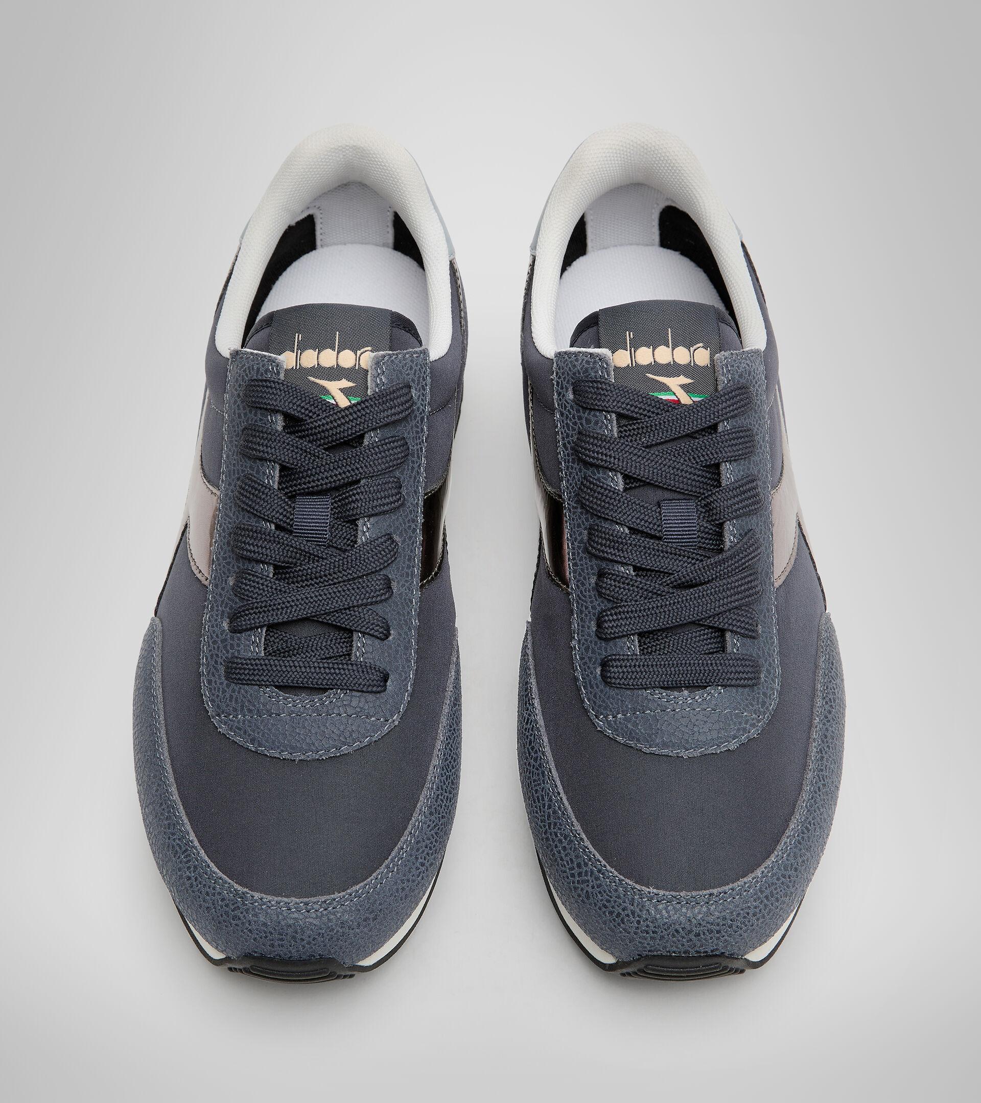 Footwear Sportswear DONNA KOALA ICONA GLOSSY WN INK BLUE Diadora