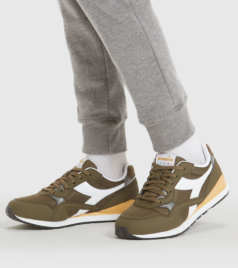 Sports shoes - Youth 8-16 years N.92 GS OLIVE GREEN - Diadora