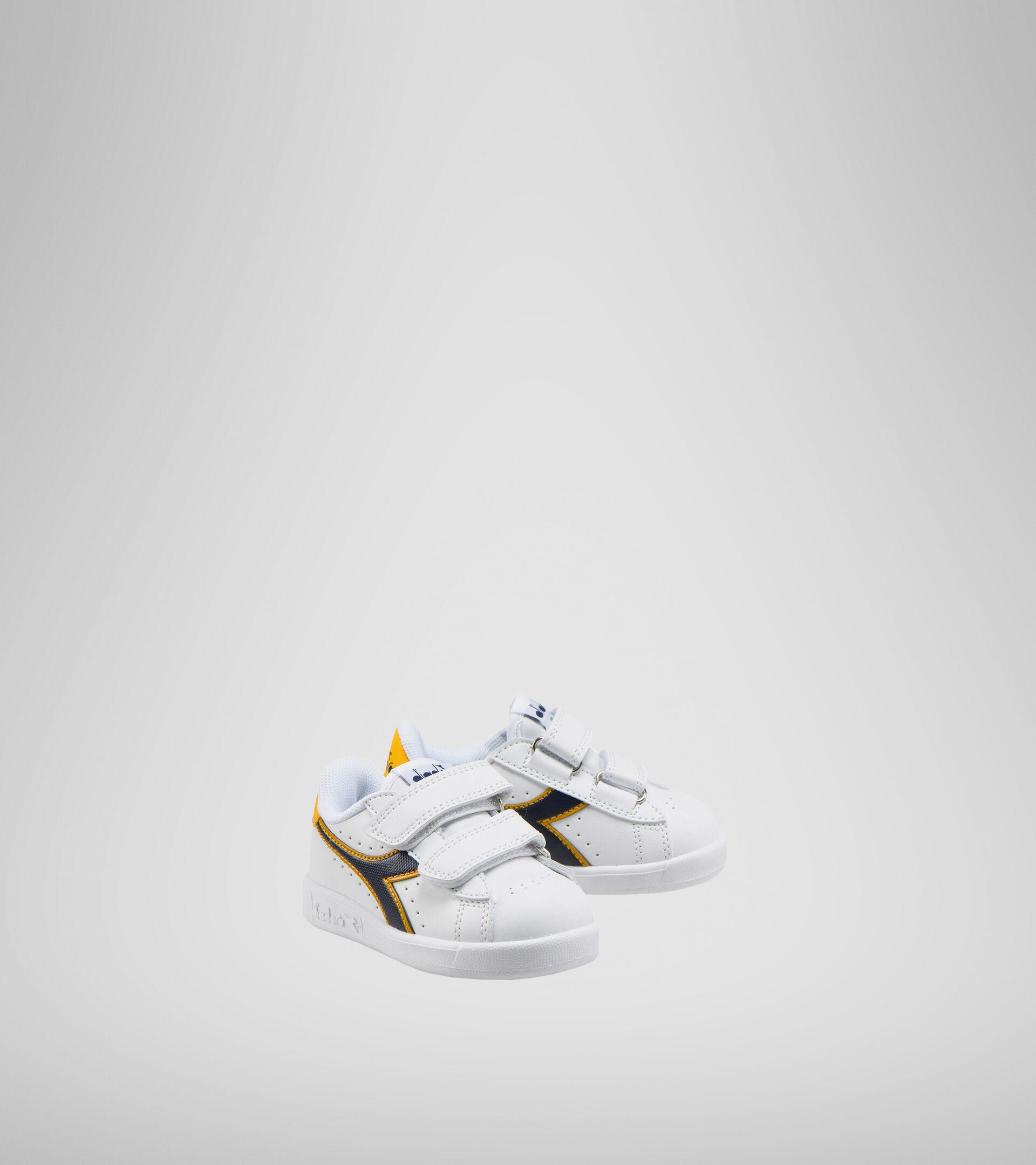 Footwear Sport BAMBINO GAME P TD WHITE/BLACK IRIS/GOLD FUSION Diadora