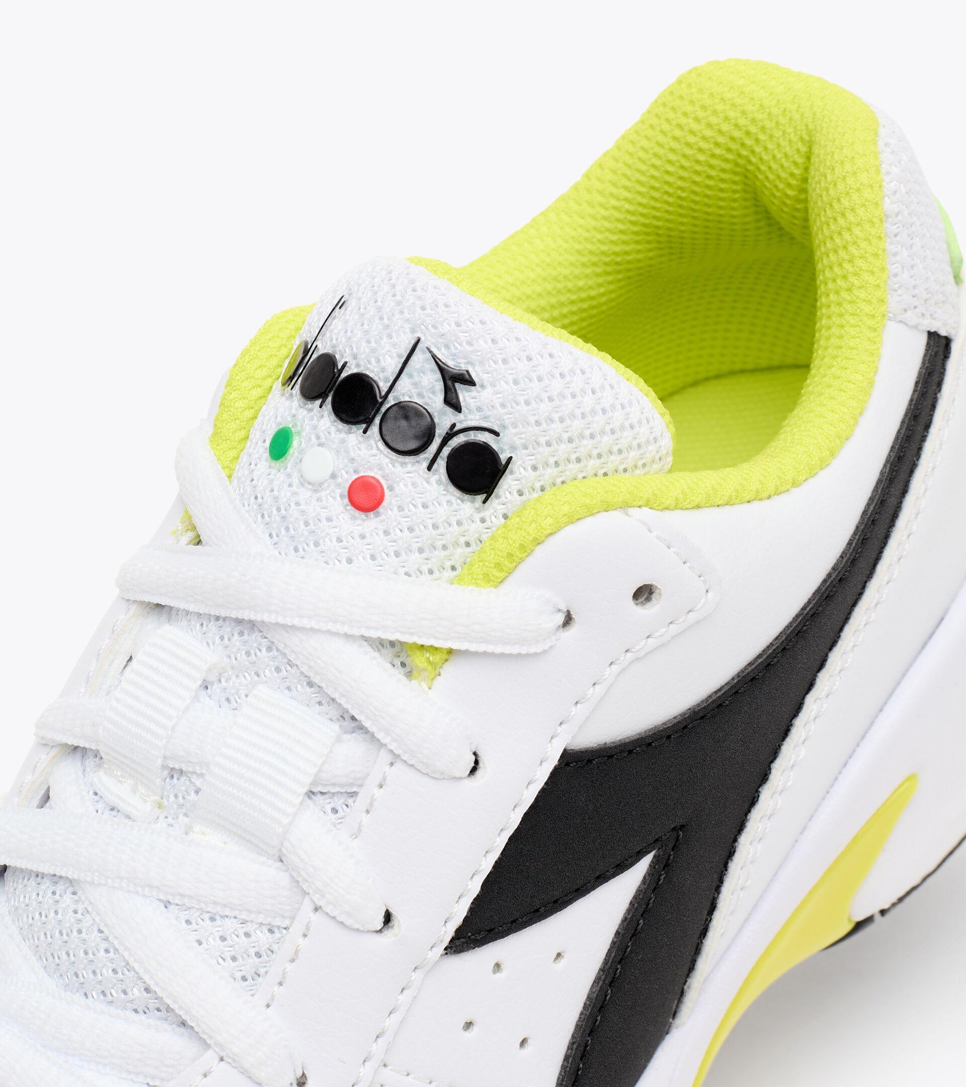 Footwear Sport BAMBINO S. CHALLENGE 3 SL JR WHITE/BLACK/SULPHUR SPRING Diadora