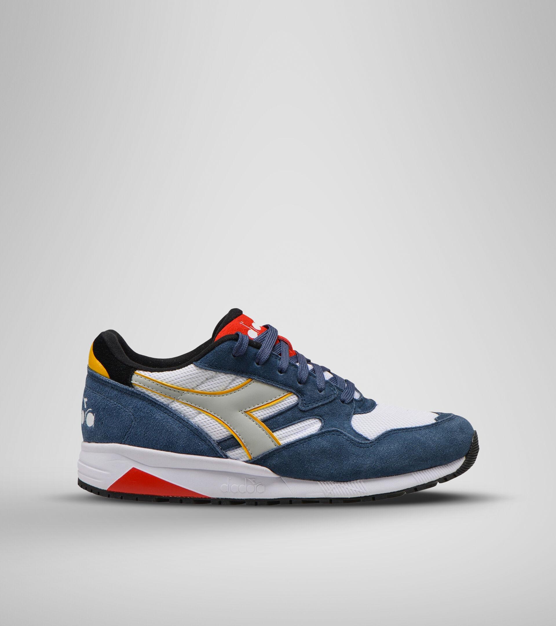 Footwear Sportswear UNISEX N902 S DARK DENIM/WHITE/FIERY RED Diadora