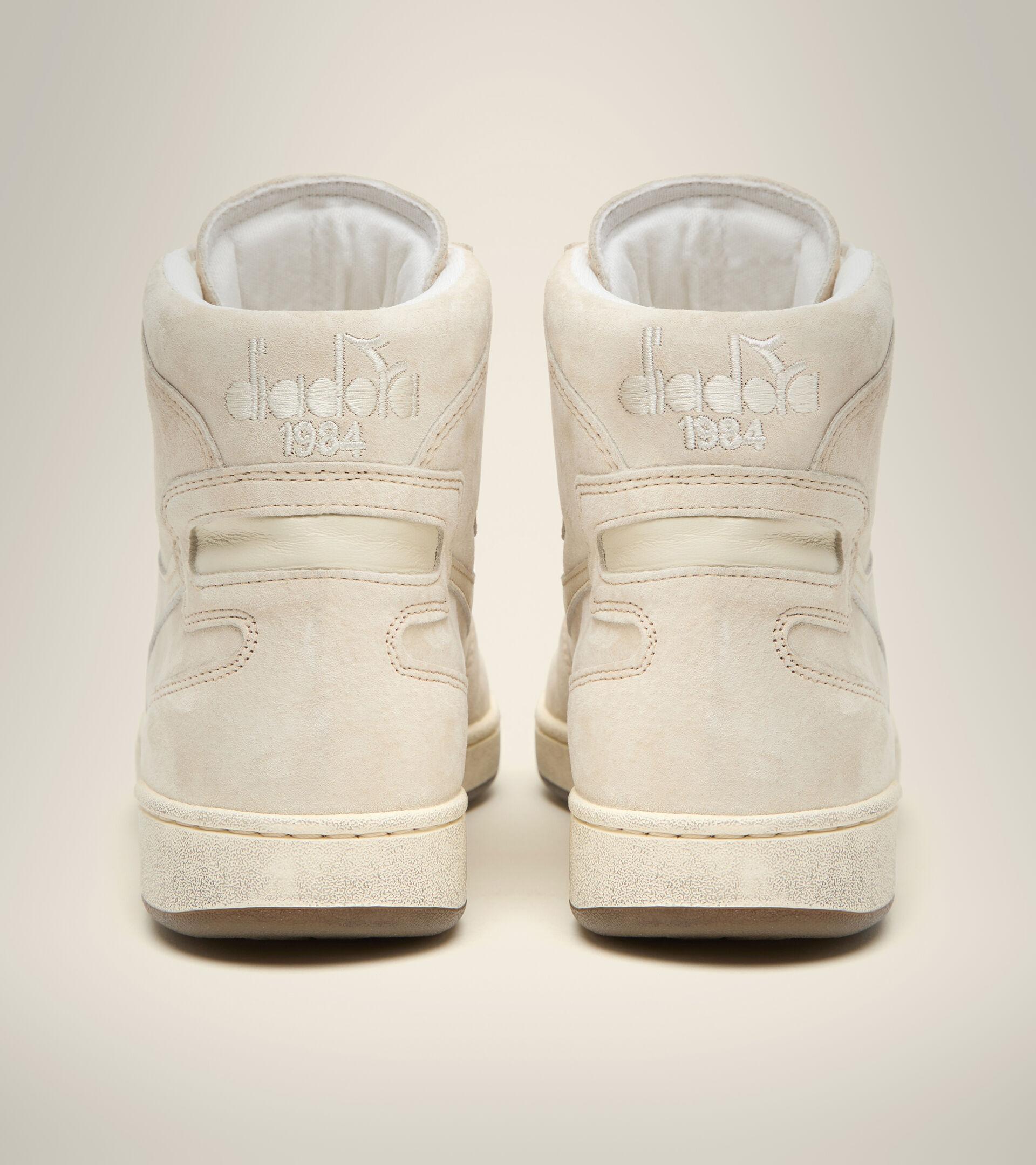 Footwear Heritage UNISEX MI BASKET SUEDE USED NIEBLA Diadora