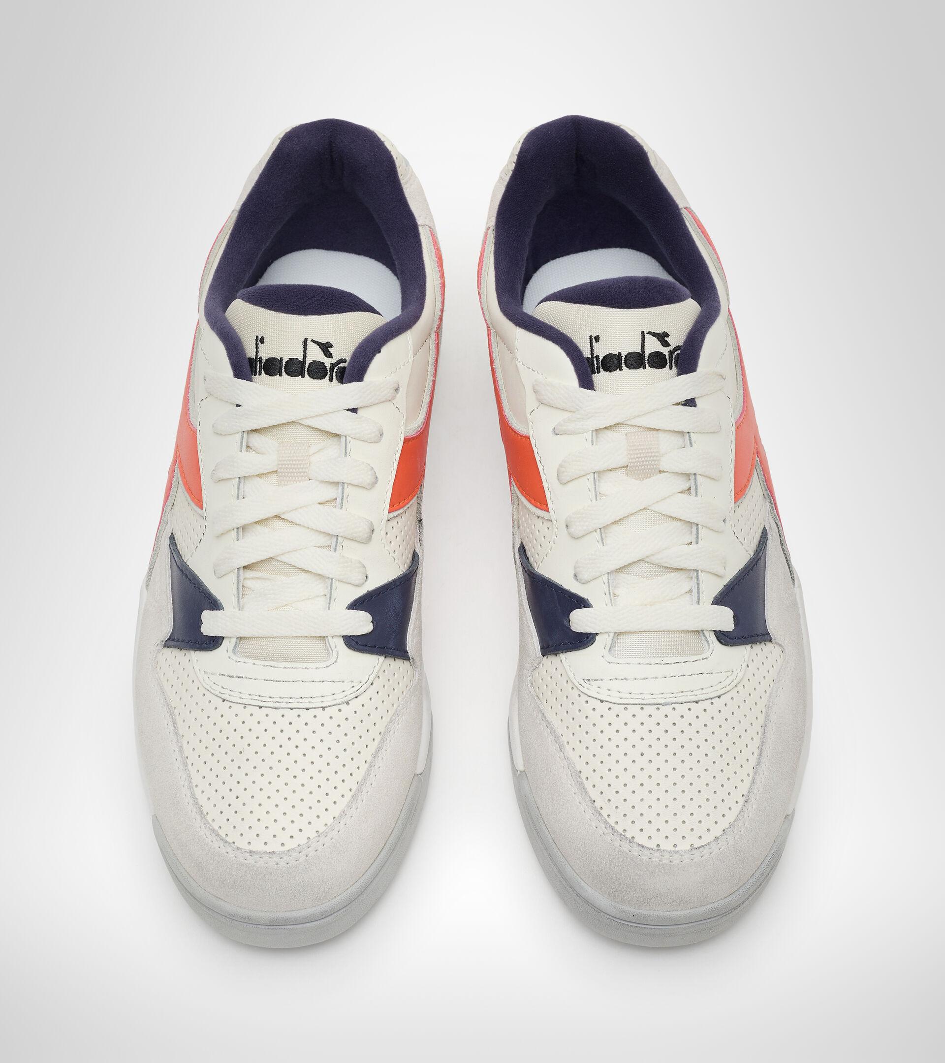 Footwear Sportswear UNISEX REBOUND ACE WAX MARSHMALLOW/ROSSO AMORE Diadora