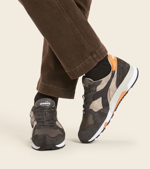 Made in Italy Heritage shoe - Men TRIDENT 90 SUEDE SW SILVER MINK - Diadora