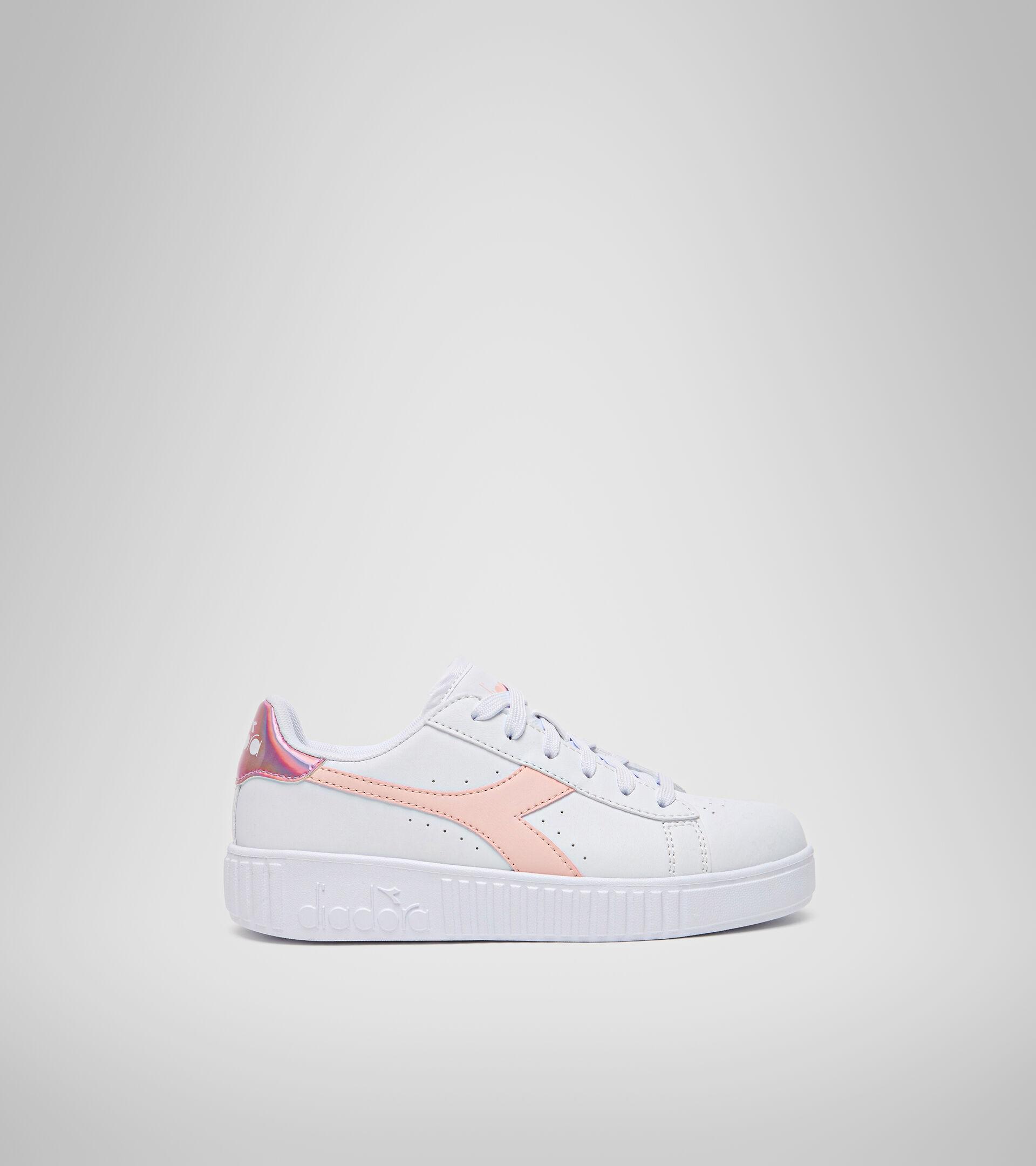 Footwear Sport BAMBINO GAME STEP GS WHITE/VEILED ROSE Diadora