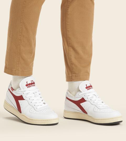 Footwear Heritage UNISEX MI BASKET ROW CUT BIANCO/ROSSO CUPO Diadora