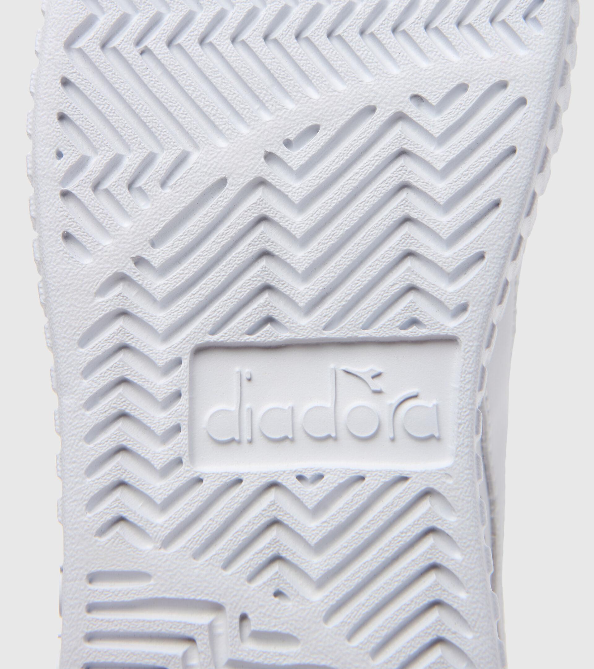 Footwear Sport BAMBINO GAME STEP GS WHITE/SILVER Diadora