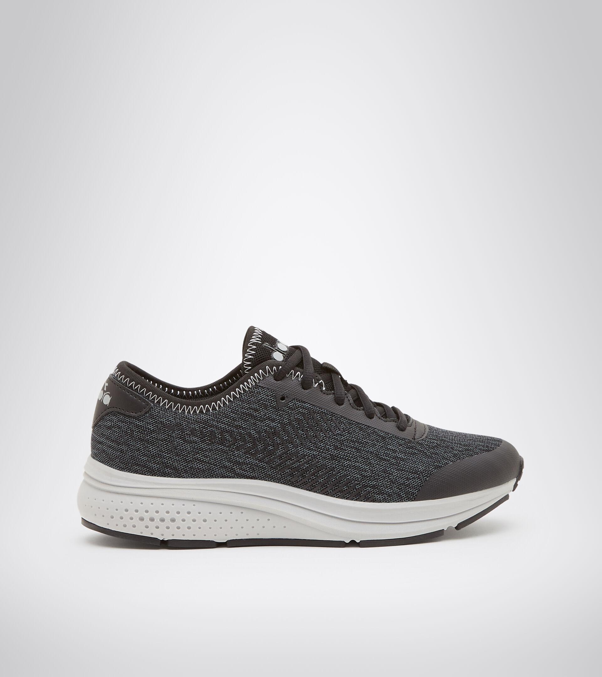 Footwear Sport DONNA PASSO W NERO/GRIGIO ACCIAIO Diadora