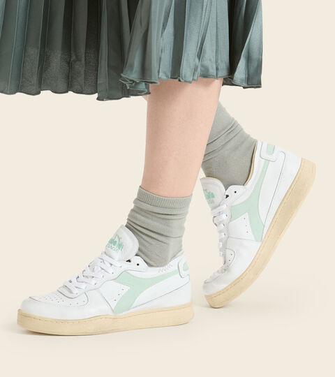 Footwear Heritage UNISEX MI BASKET ROW CUT WEISS/RAUCHGRUEN Diadora