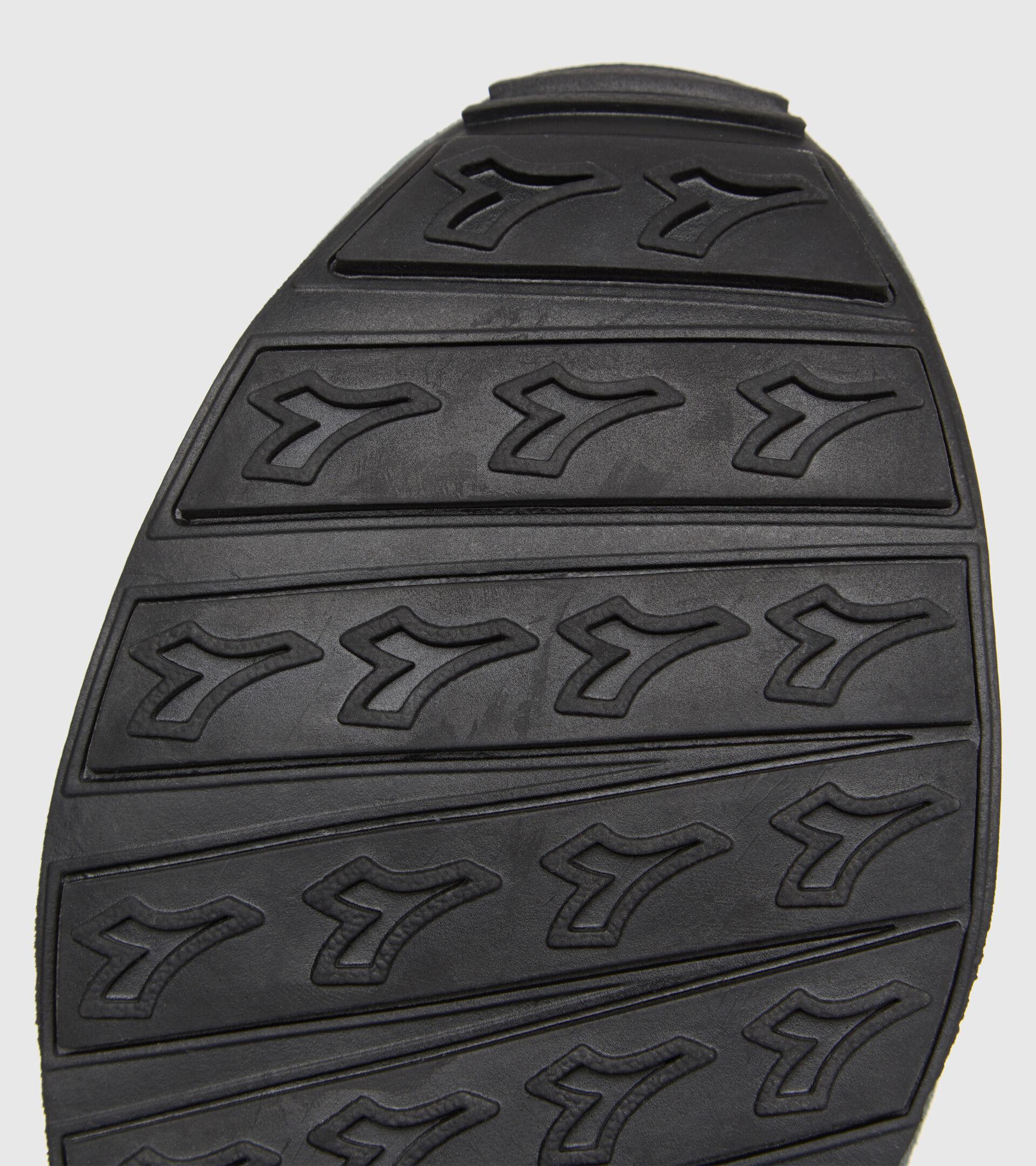 Footwear Sportswear UNISEX CAMARO TURBULENCIA/NEGRO Diadora