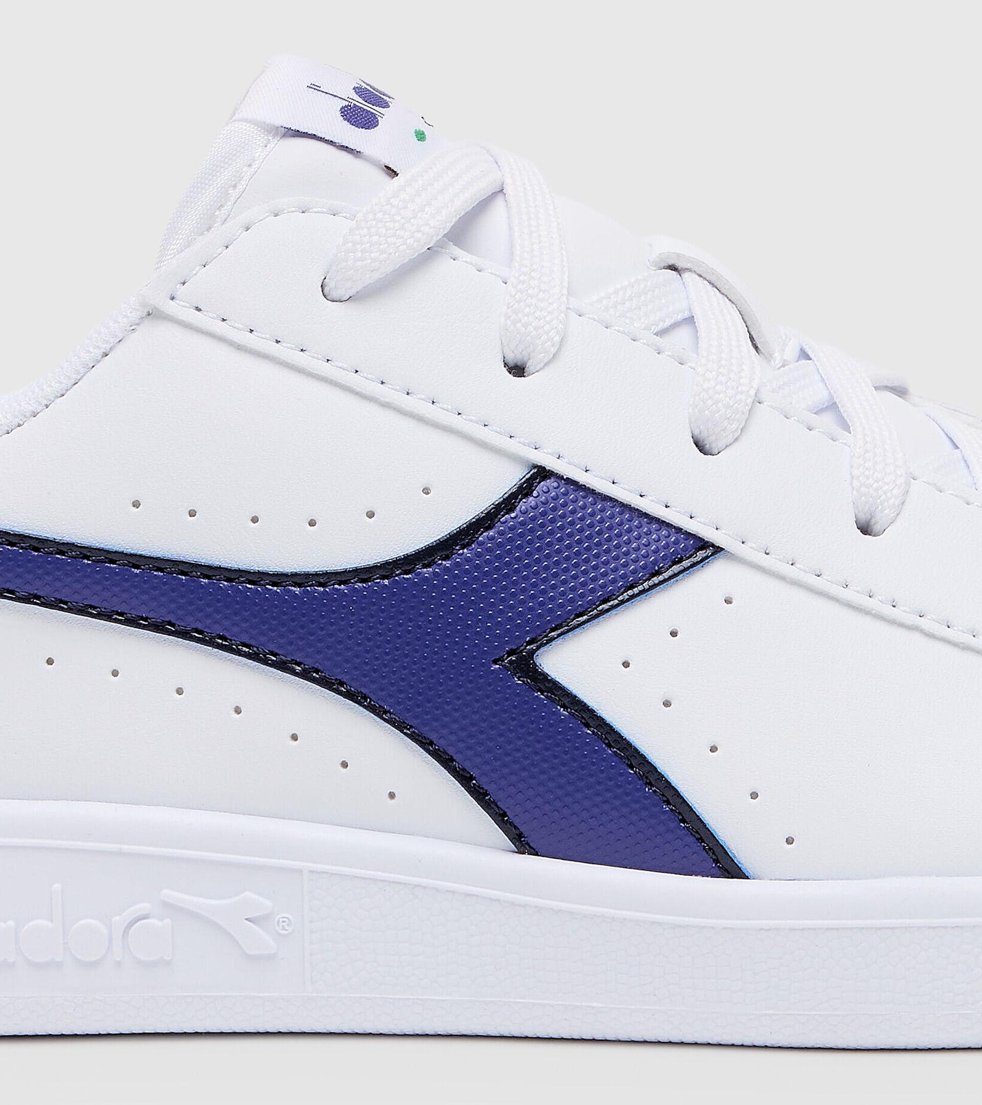 Chaussures de sport - Jeunes 8-16 ans GAME P GS BLANC/BLEU CABAN - Diadora